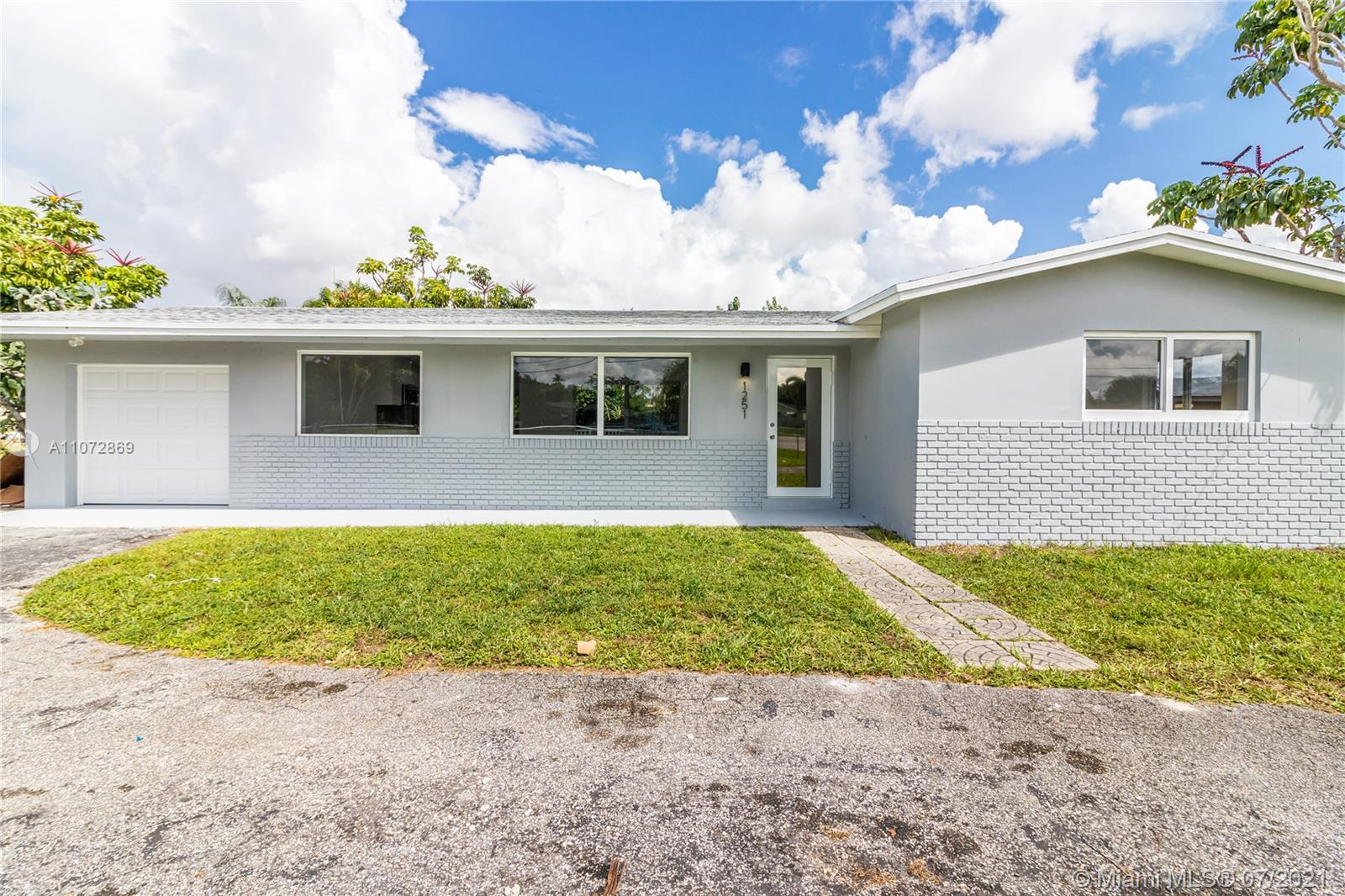 Sunrise Golf Village - 1251 NW 60th Ave, Sunrise, FL 33313