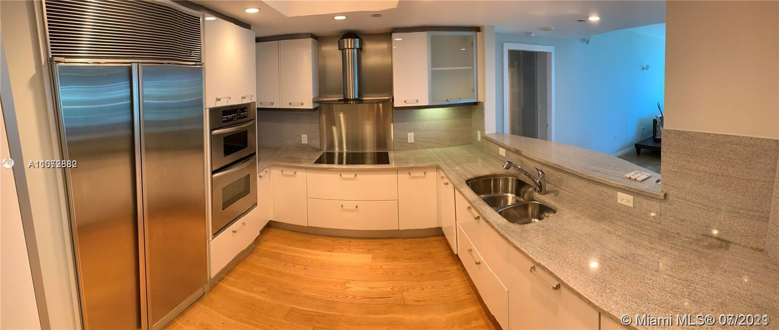 9401 Collins Ave #505 photo03