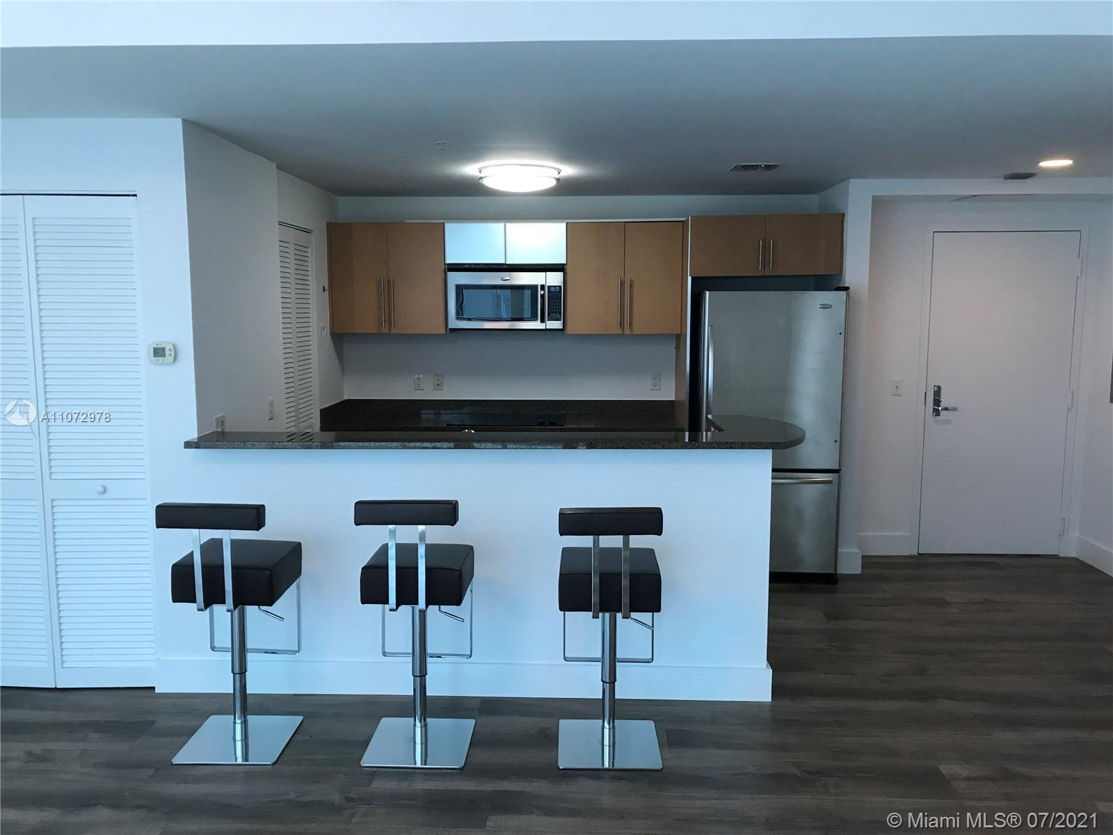 Kitchen, granite counter tops, SS Appliances