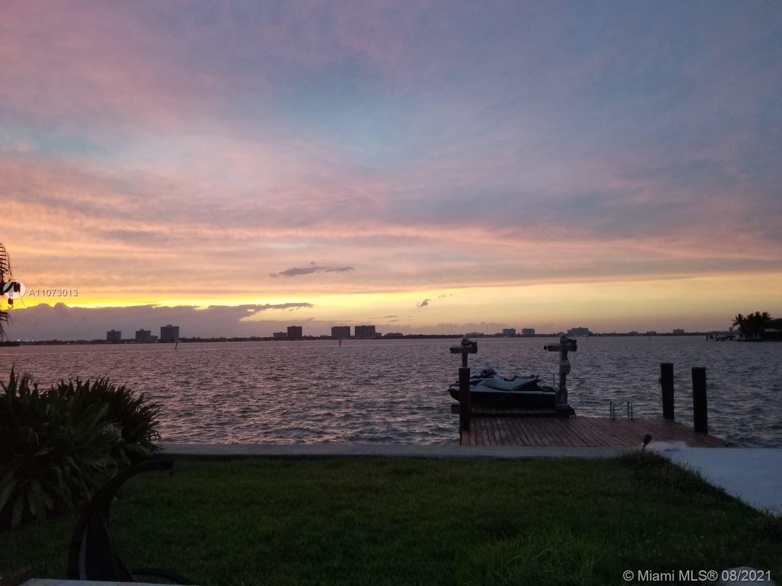 873 N Shore Dr photo07