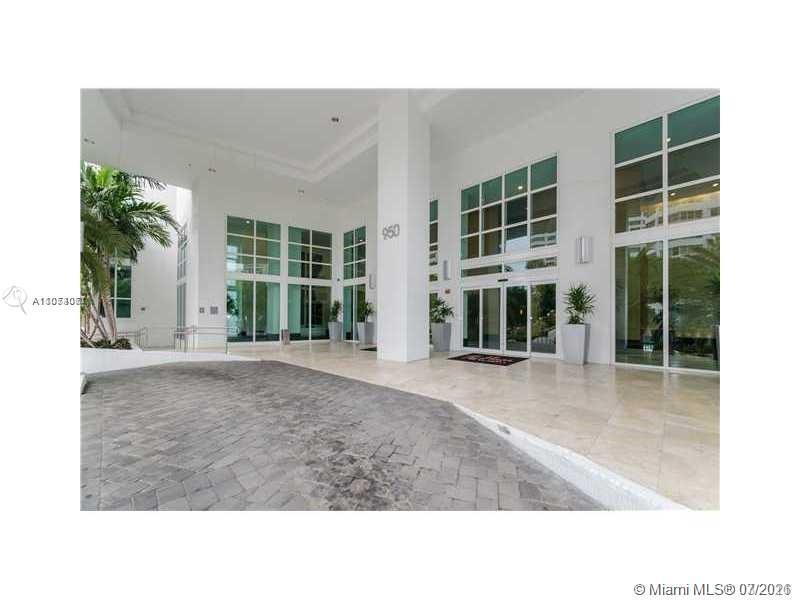 The Plaza on Brickell 1 #1601 - 950 W Brickell Bay Dr #1601, Miami, FL 33131