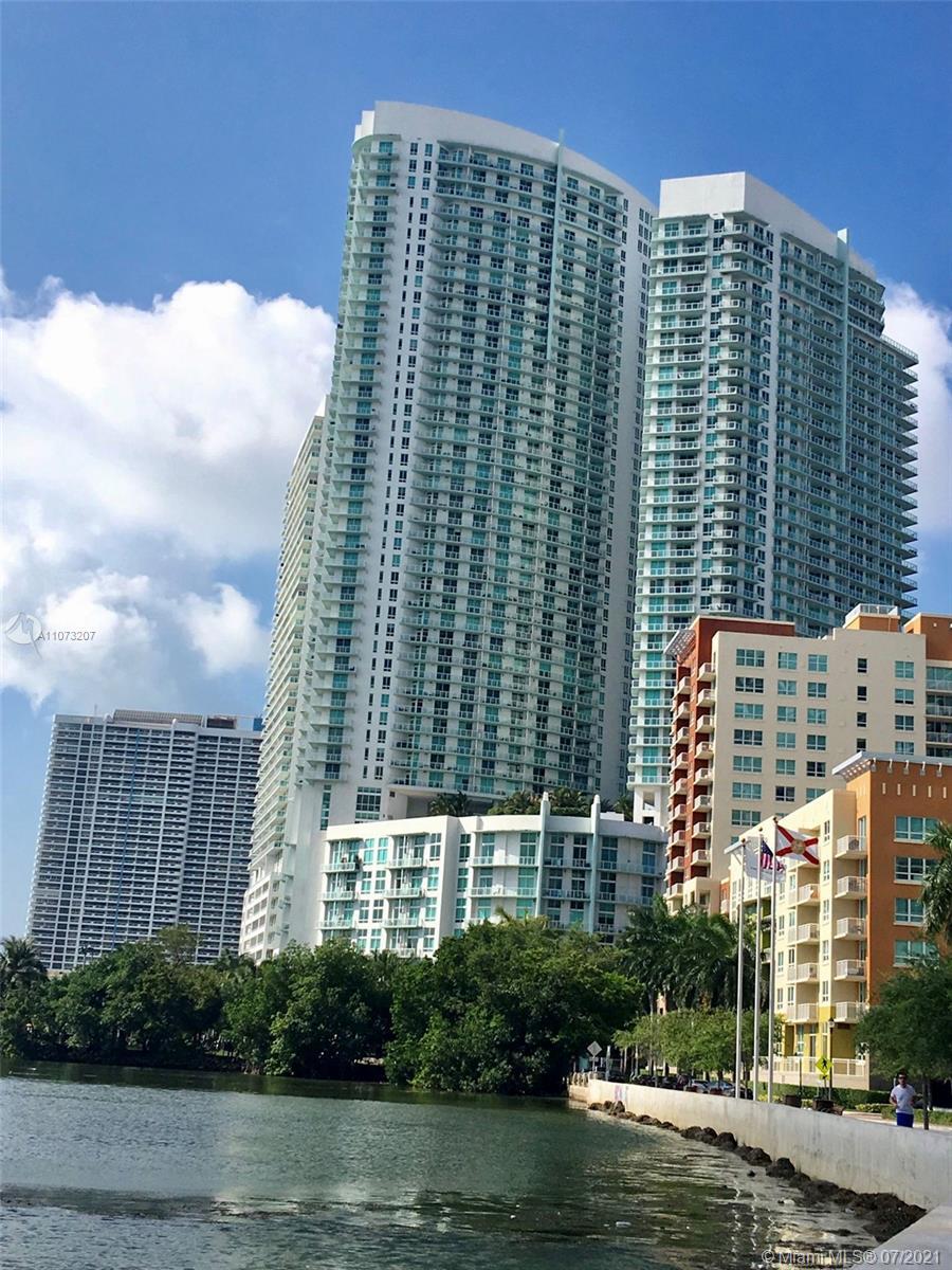 Quantum on the Bay #2210 - 1900 N Bayshore Dr #2210, Miami, FL 33132