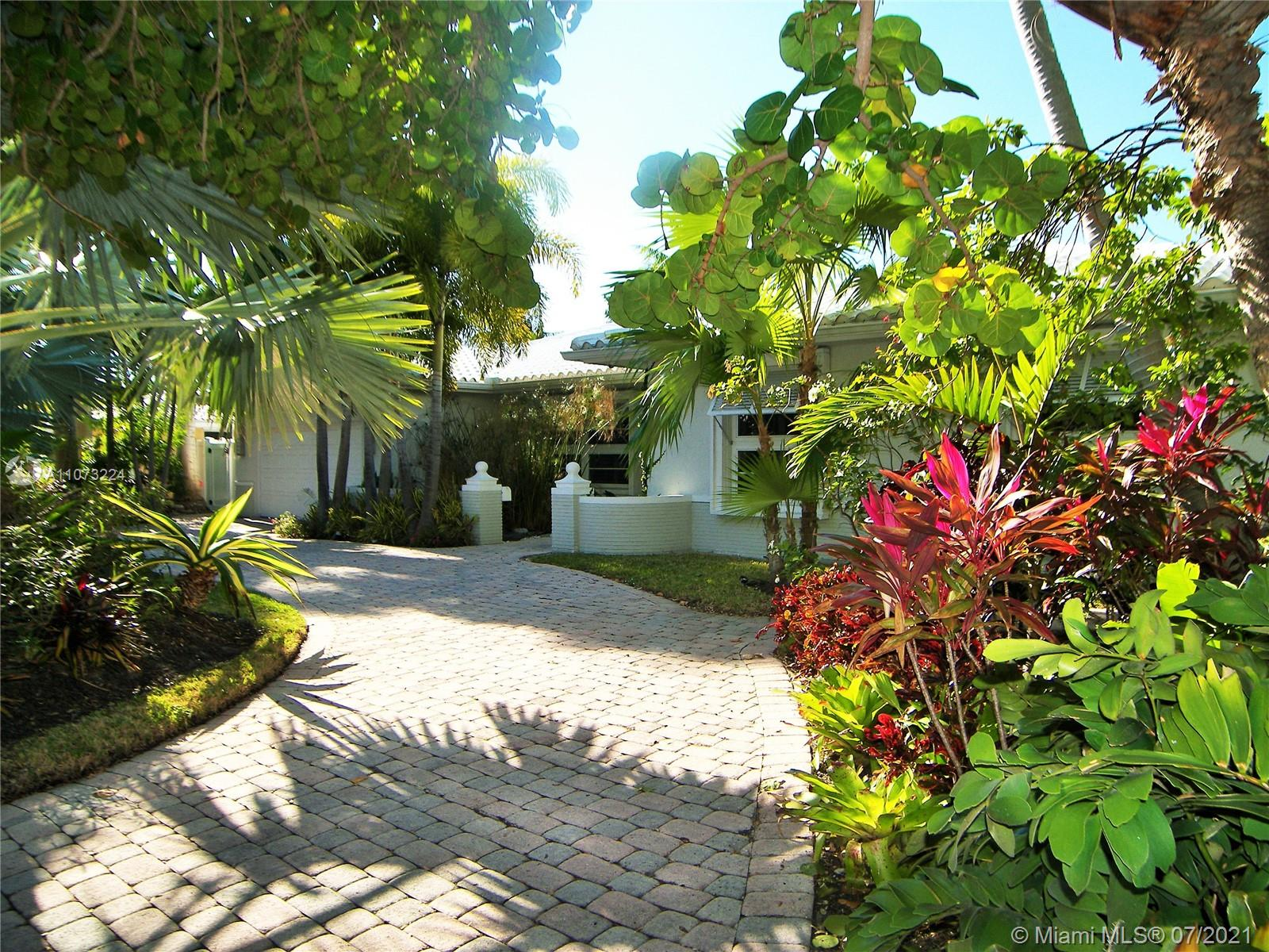 Property for sale at 5561 Bayview Dr, Fort Lauderdale,  Florida 33308