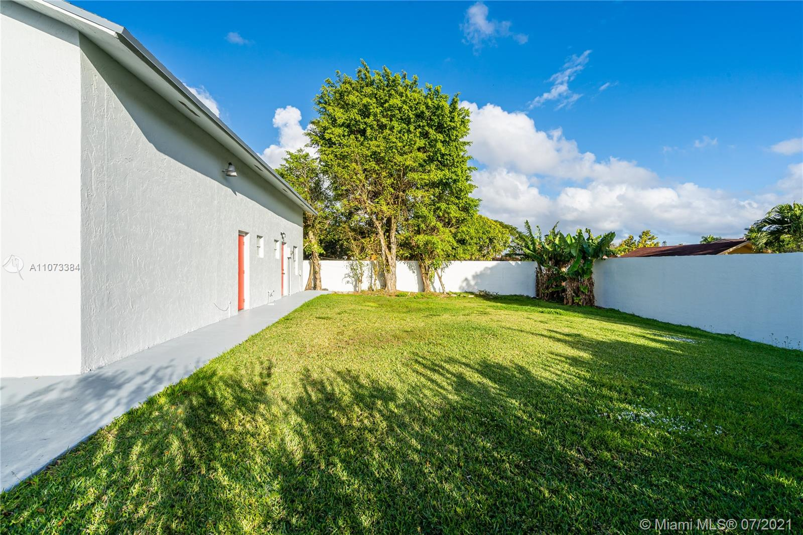 2841 SW 132nd Ave photo065