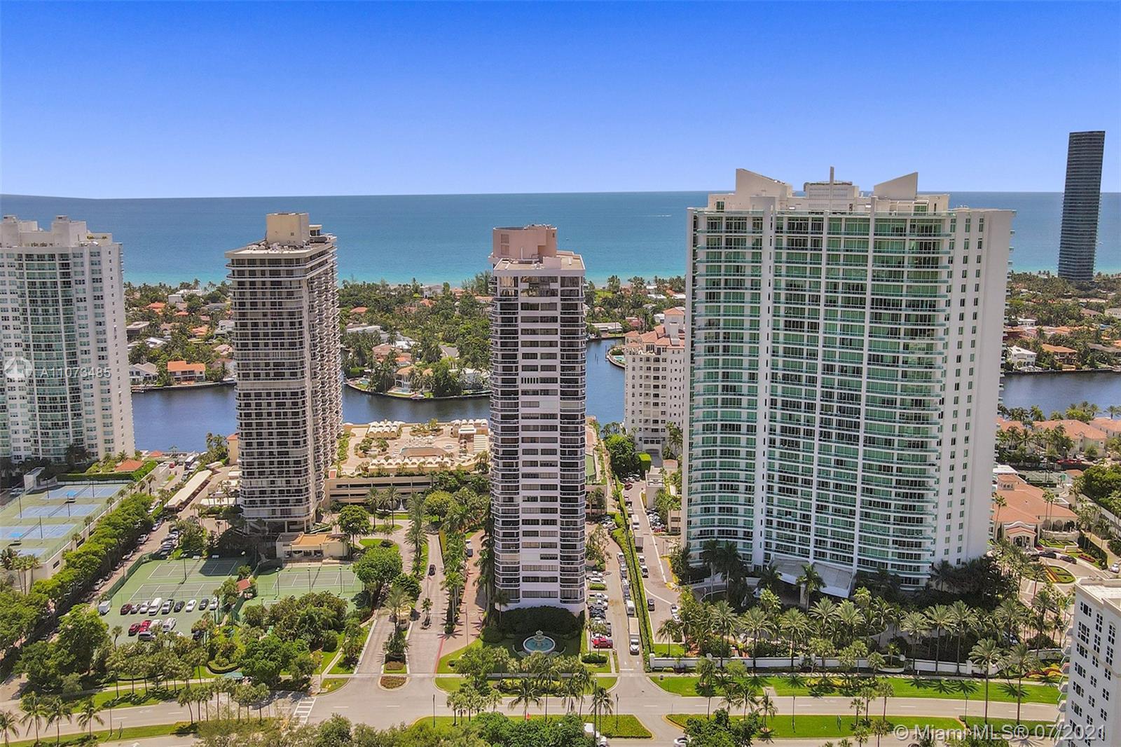 Landmark #1009 - 20185 E Country Club Dr #1009, Aventura, FL 33180
