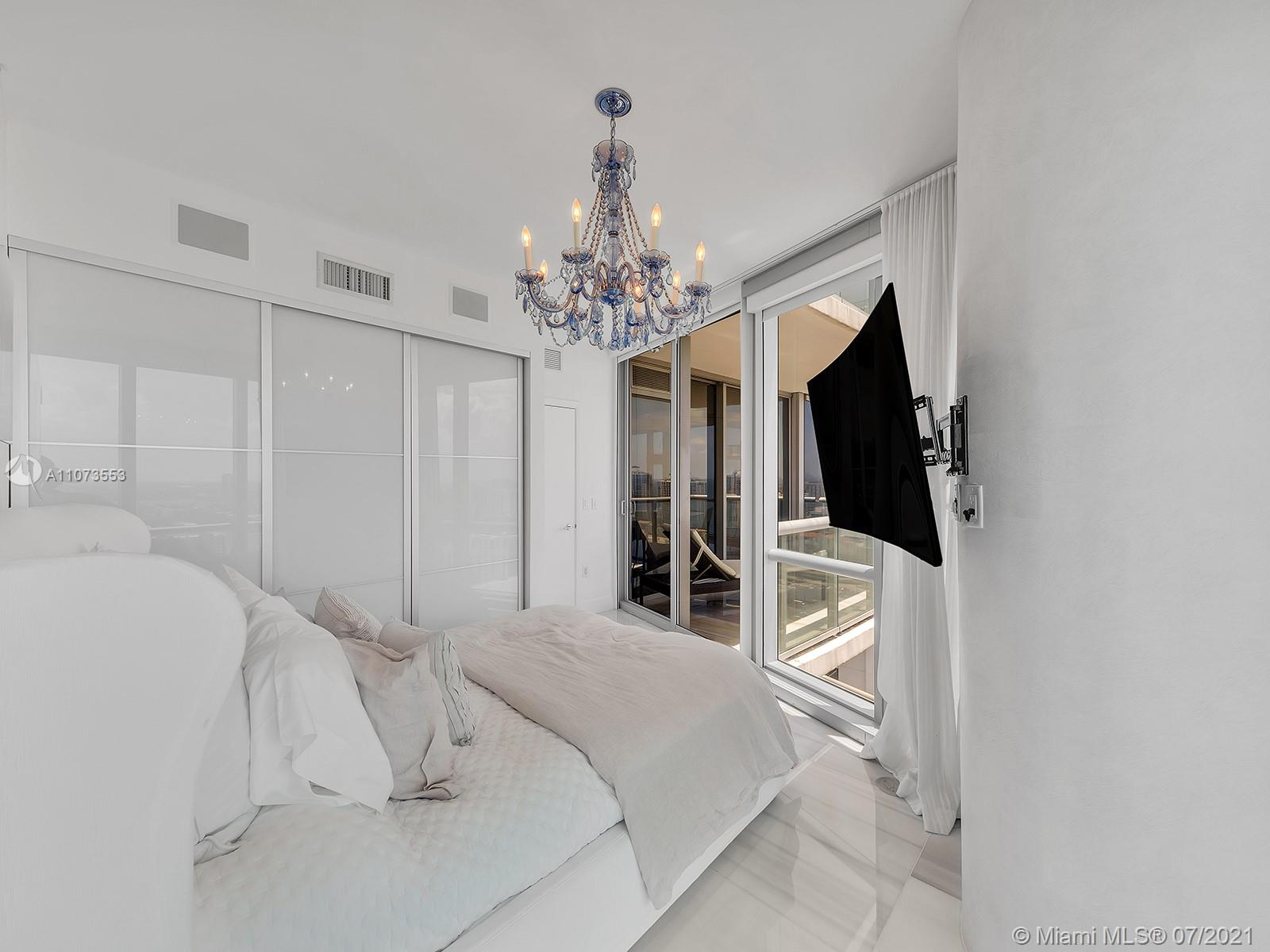 17121 Collins Ave #2901 photo045