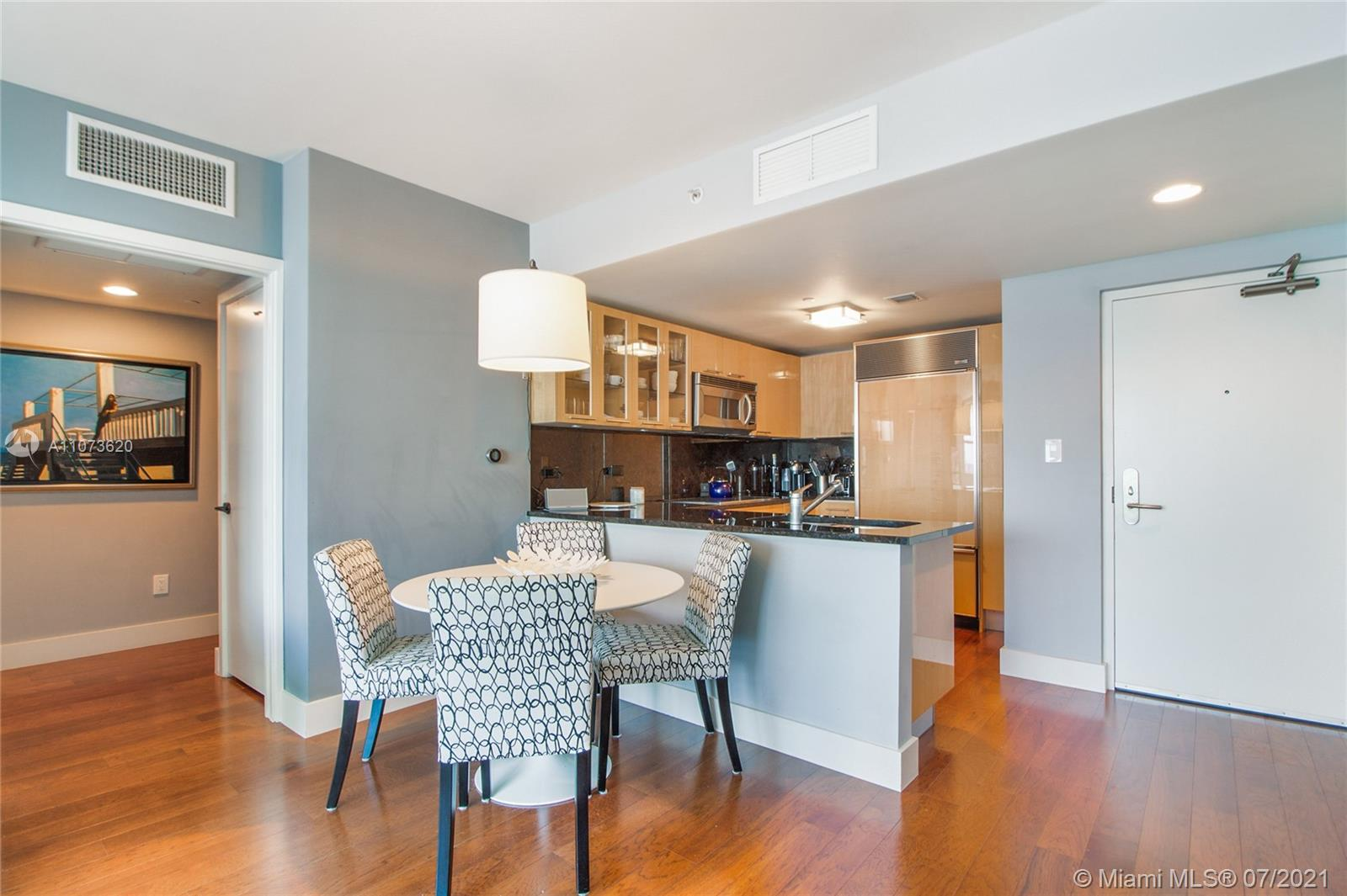 6801 Collins Ave #1101 photo01