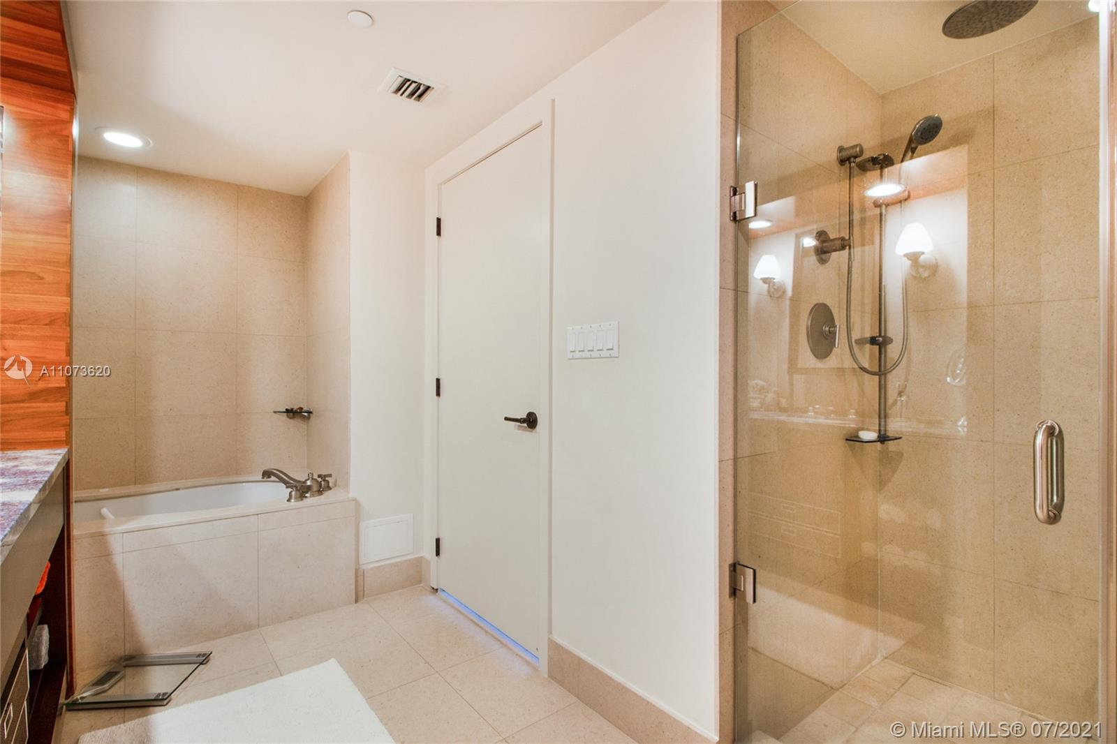 6801 Collins Ave #1101 photo011
