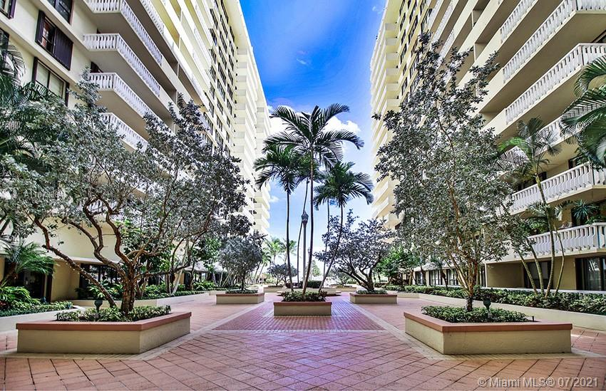 9801 Collins Ave #6Z photo080