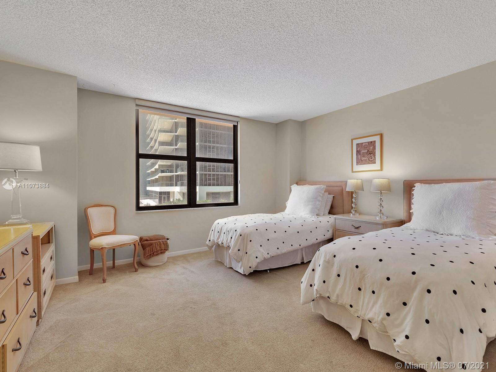 9801 Collins Ave #6Z photo032
