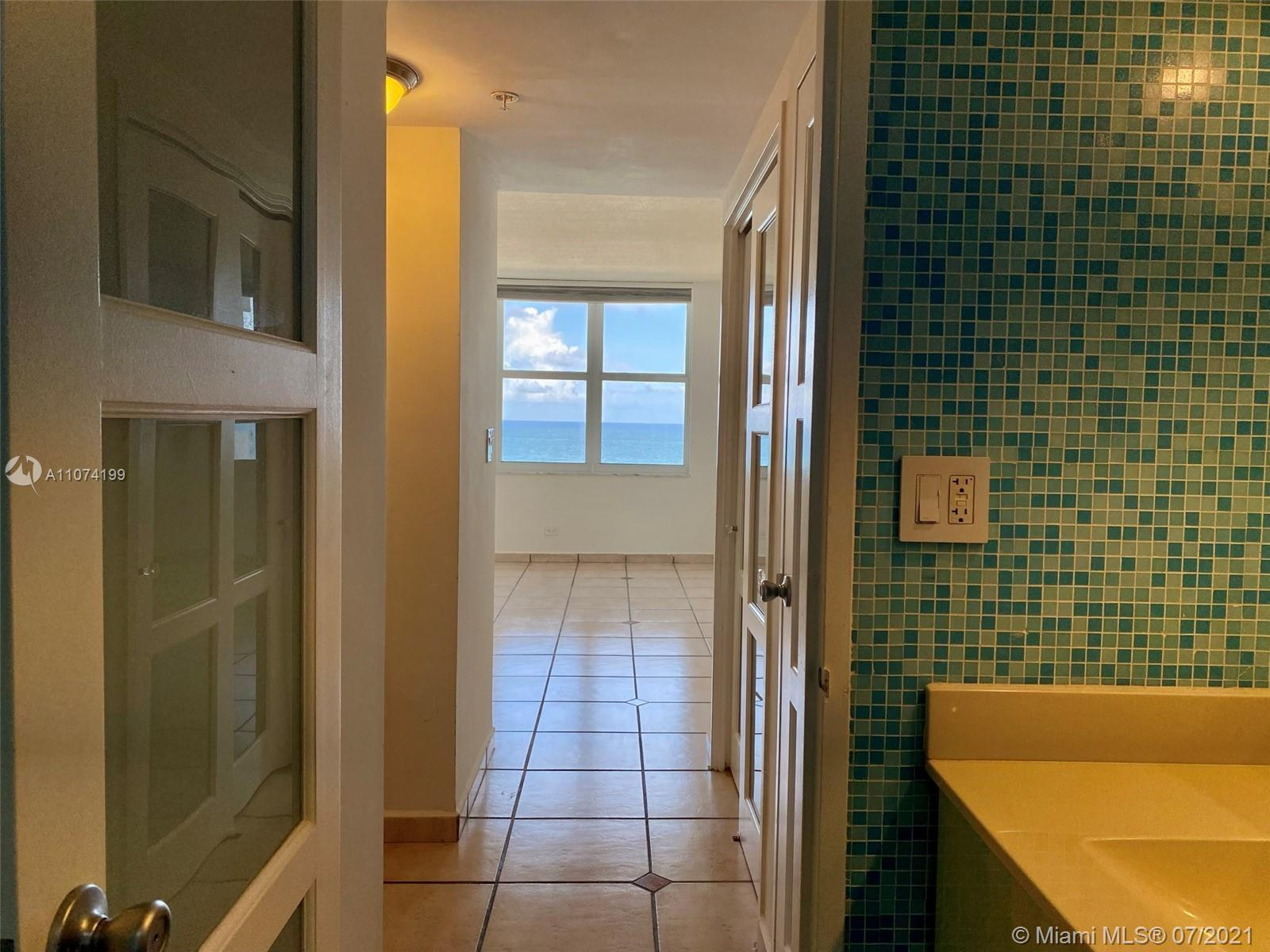5601 Collins Ave #1003 photo016