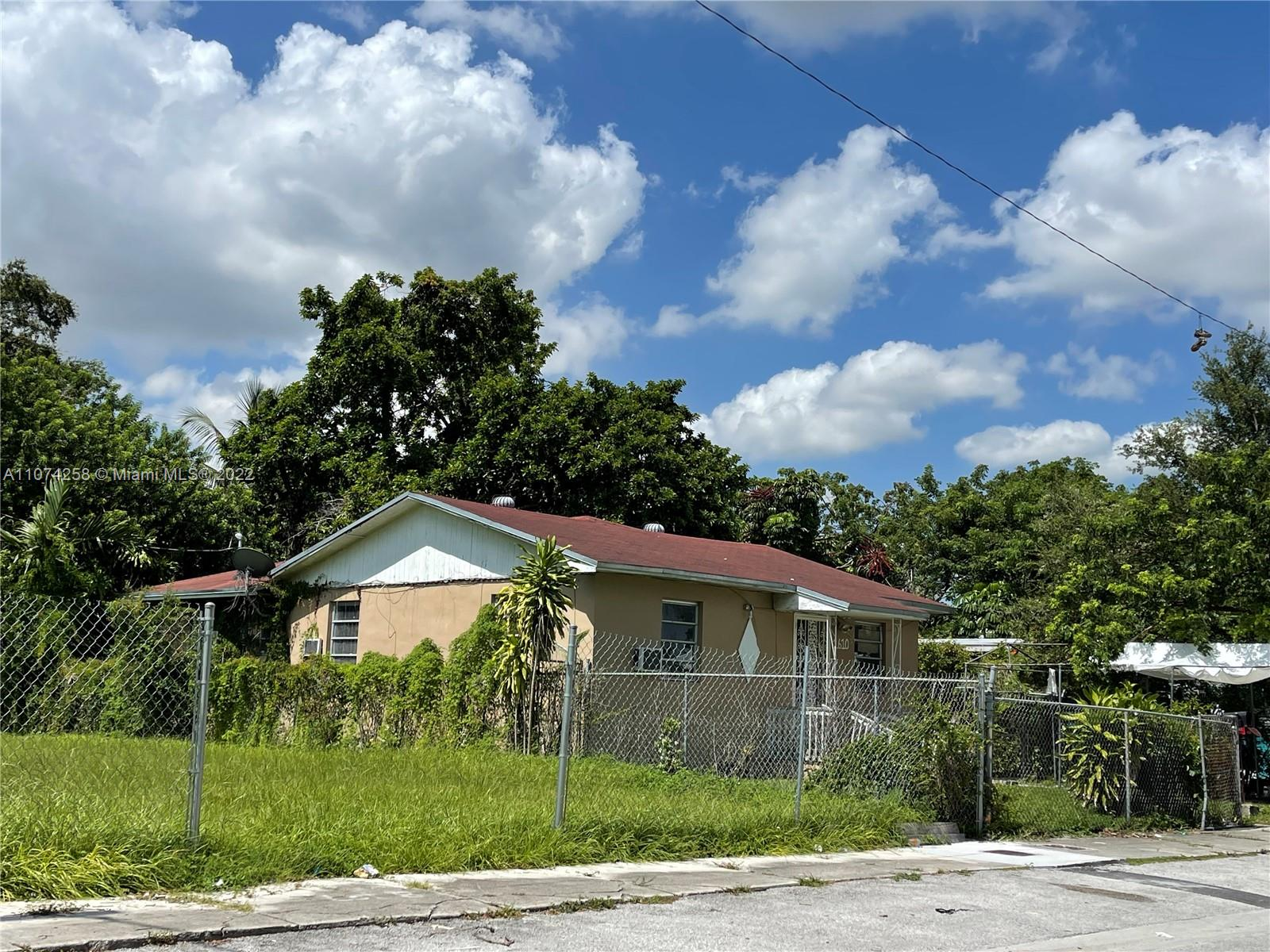 1610 NW 55th Ter