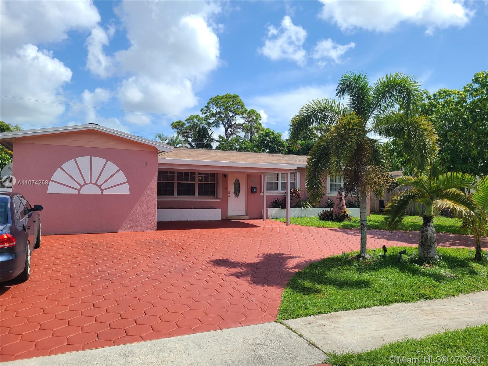Boulevard Heights - 6901 SW 5th St, Pembroke Pines, FL 33023