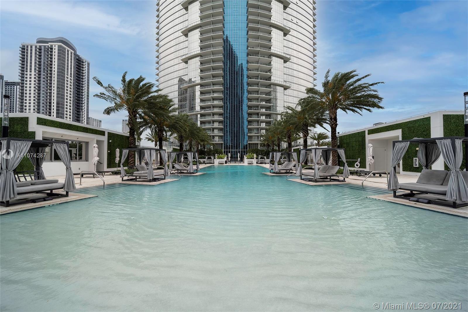 Photo of Paramount Miami Worldcent Apt 4303
