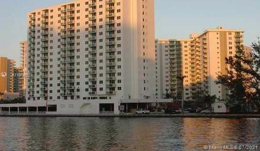 Residences on Hollywood West Tower #210 - 3000 S Ocean Dr #210, Hollywood, FL 33019