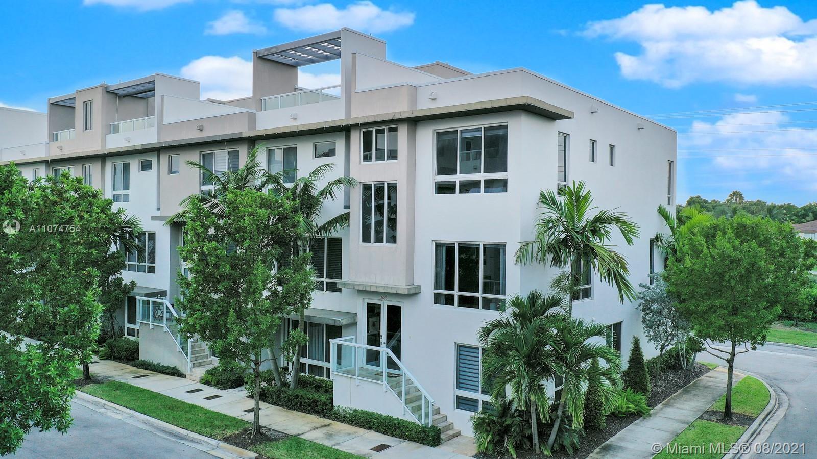 Landmark At Doral - 6670 NW 105th Pl, Doral, FL 33178