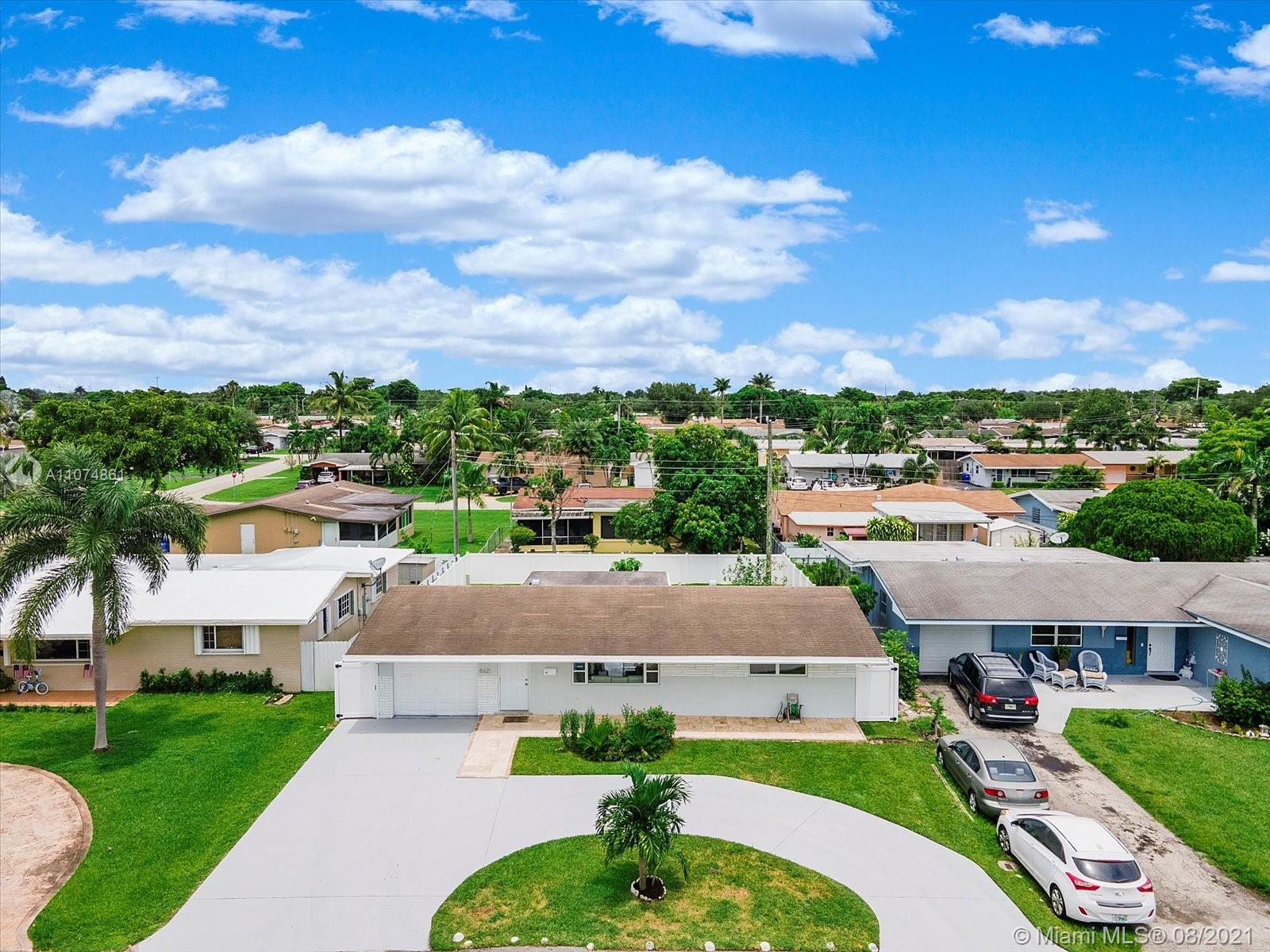 Boulevard Heights - 8621 NW 14th St, Pembroke Pines, FL 33024