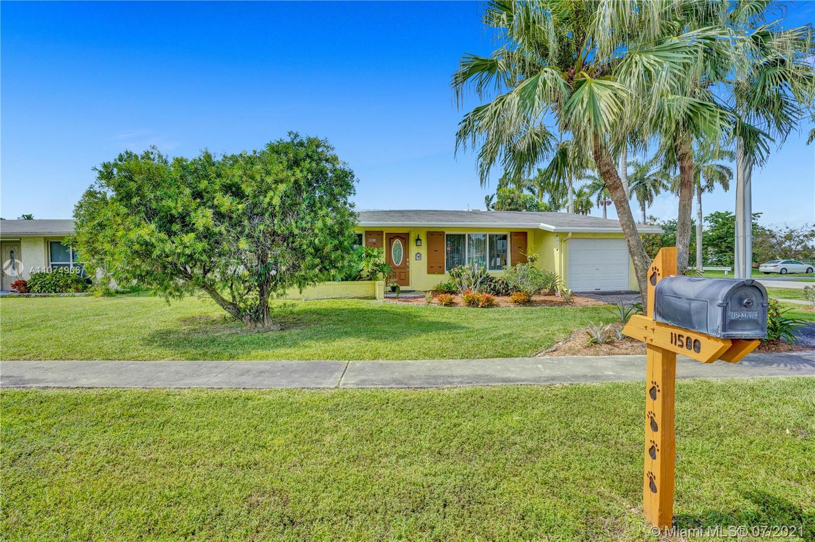 Sunrise Golf Village - 11500 NW 39th St, Sunrise, FL 33323