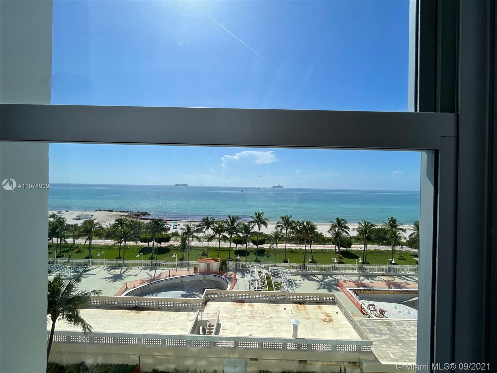 2899 Collins Ave #835 photo03