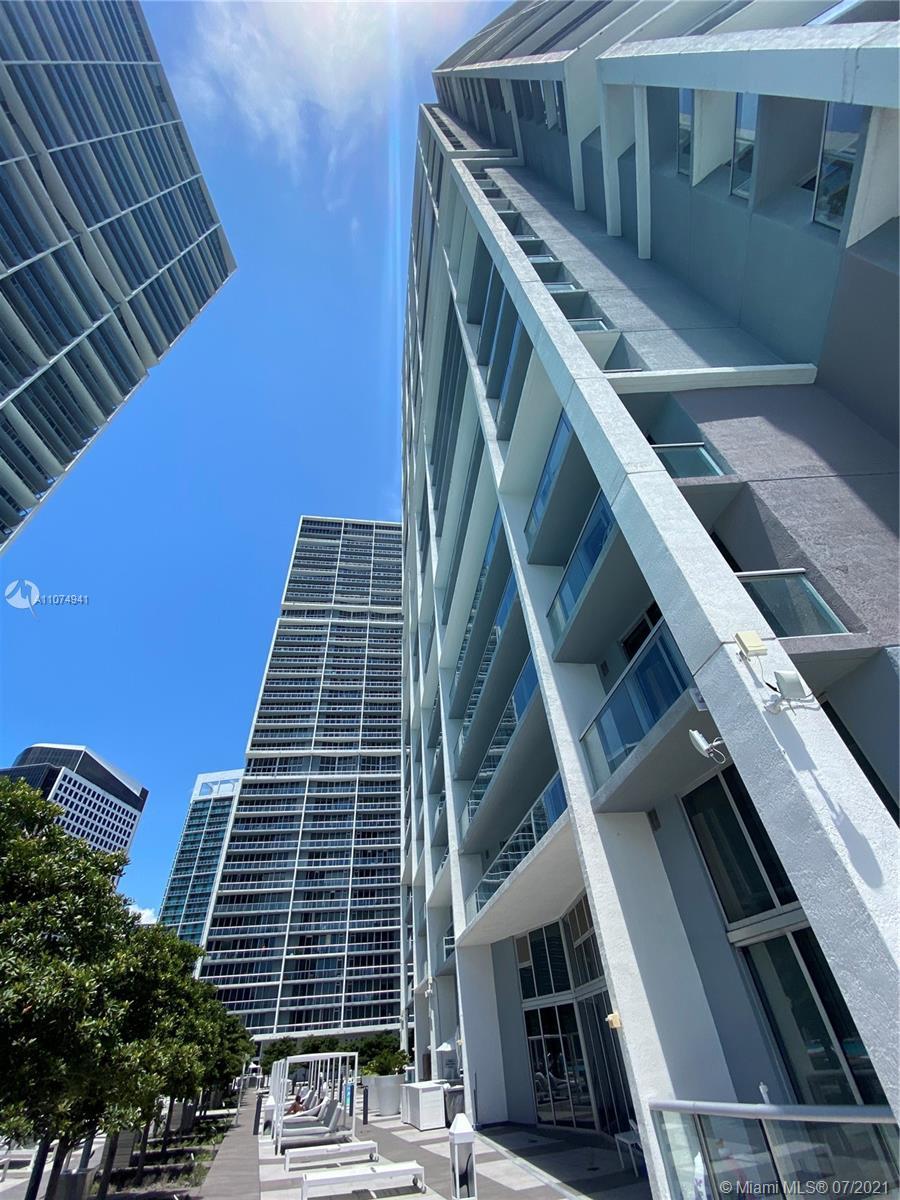 Icon Brickell 1 #3004 - 465 Brickell Ave #3004, Miami, FL 33131