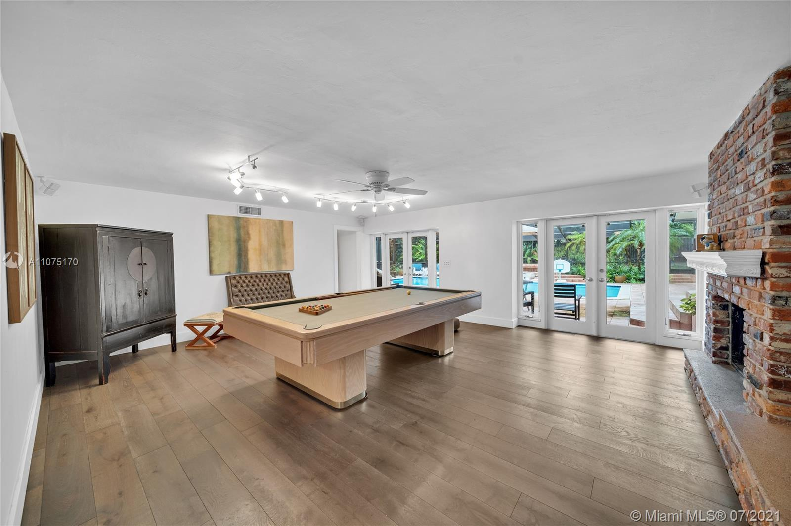 Photo of 13400 SW 66th Ave, Home