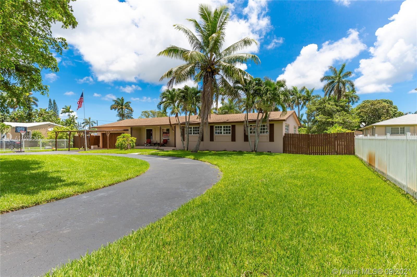 Bisc Gardens - 14205 N Miami Ave, Miami, FL 33168