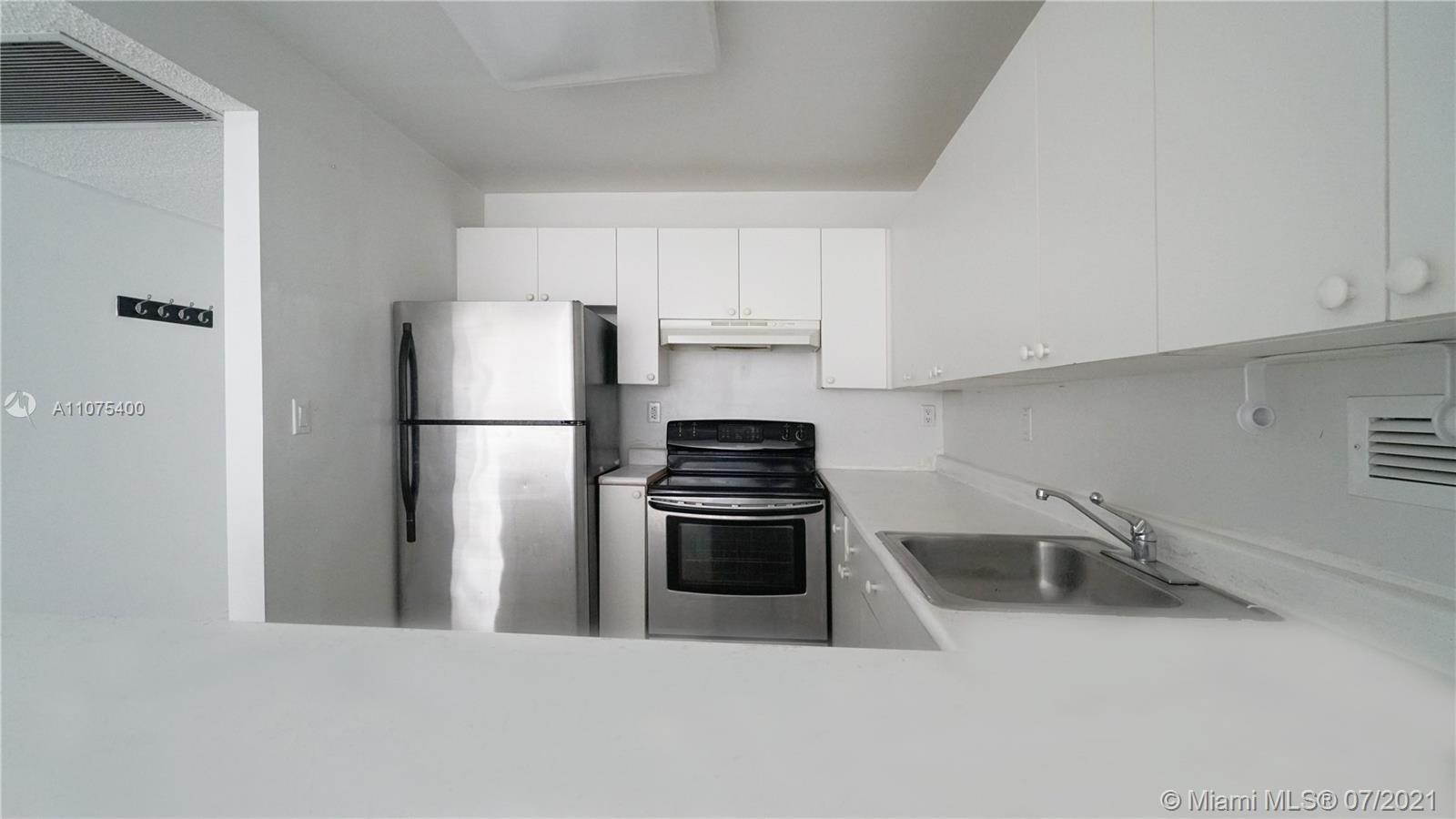 2301 Collins Ave #432 photo014
