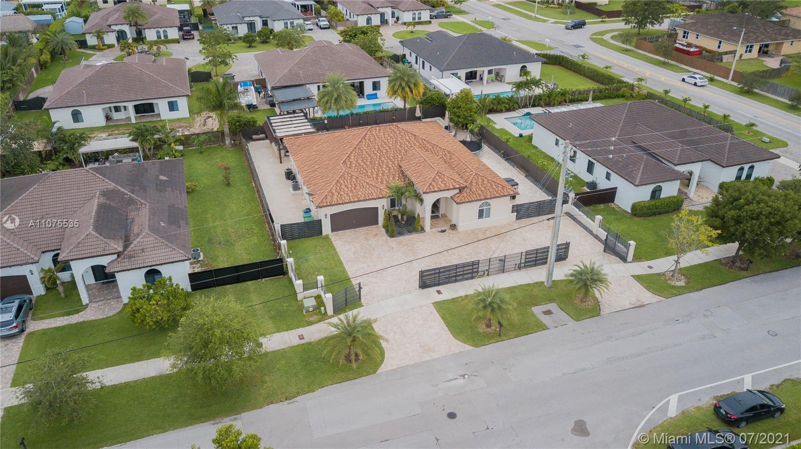 Photo of 13130 SW 208th St, Home