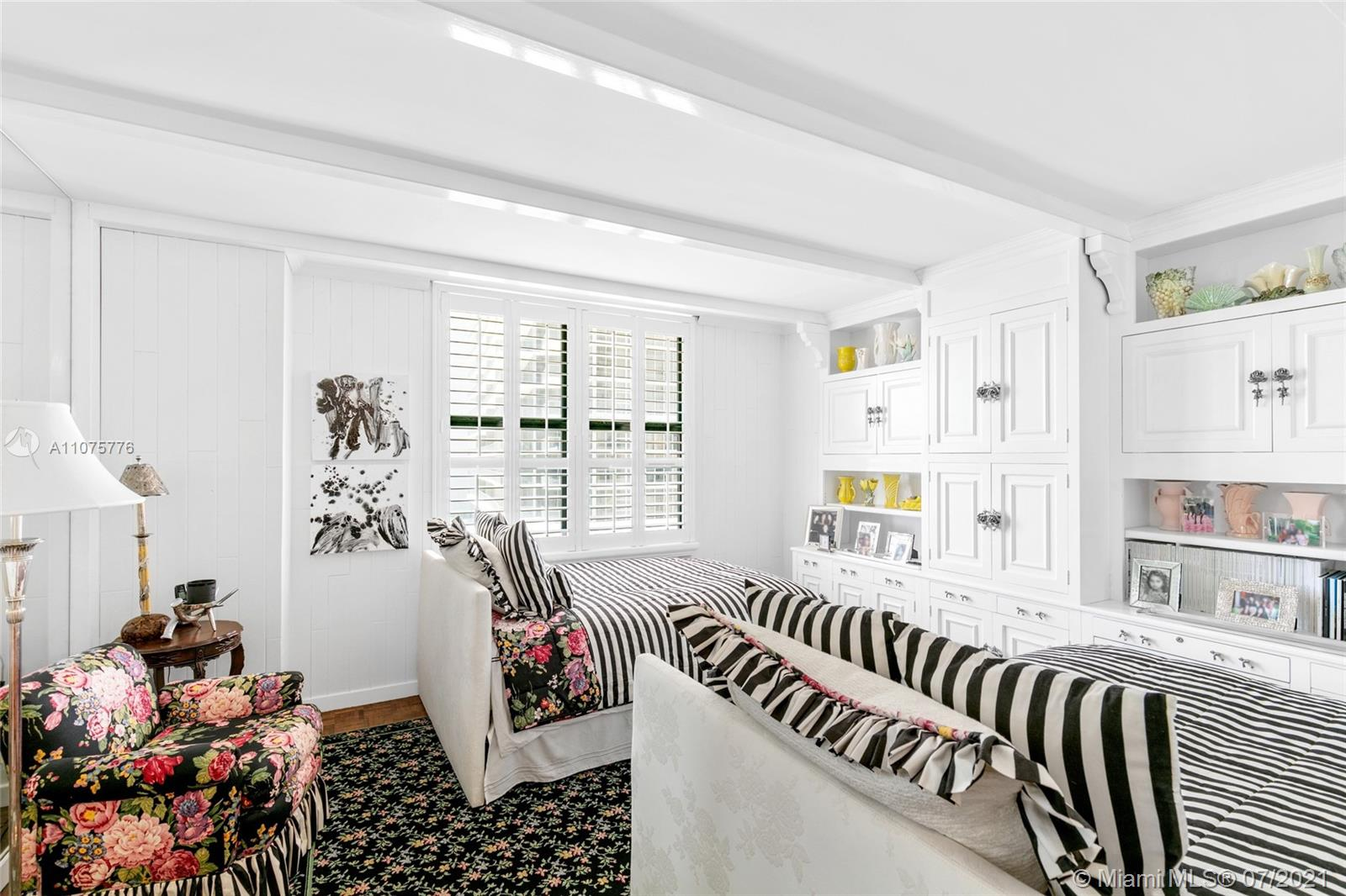 9801 Collins Ave #8Z photo023