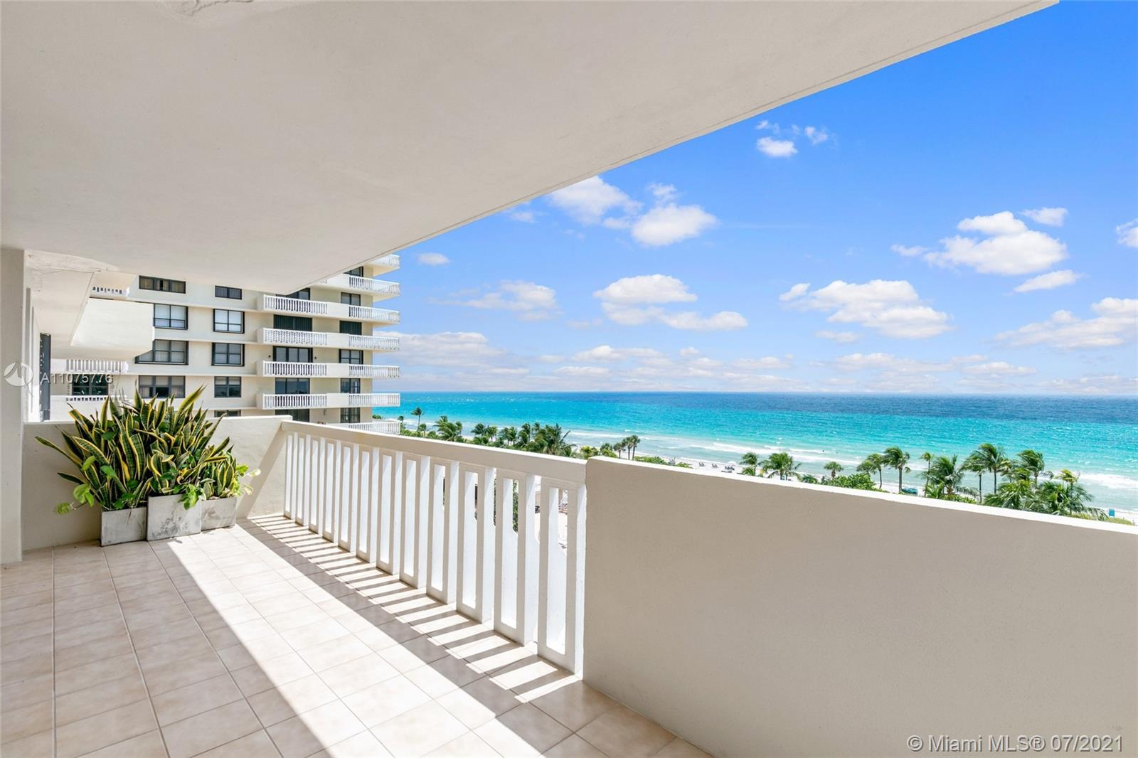 9801 Collins Ave #8Z photo02