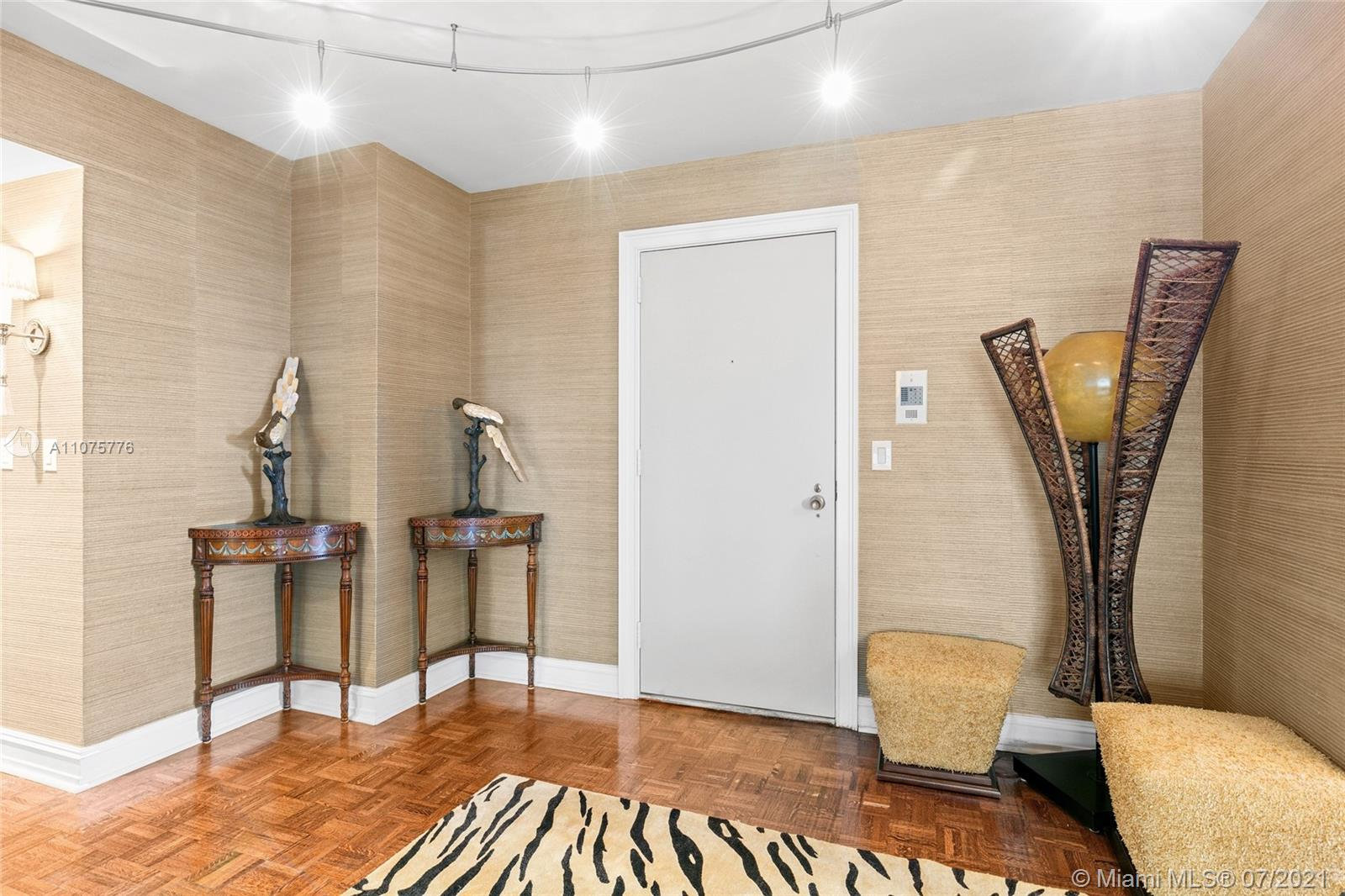 9801 Collins Ave #8Z photo04
