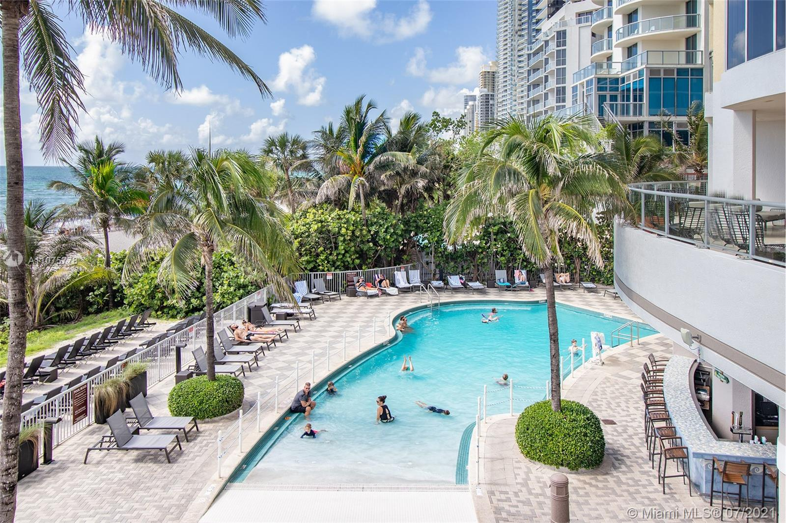 17375 Collins Ave #701 photo03