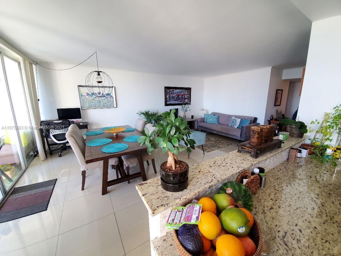 Del Prado #404 - 18071 Biscayne Blvd #404, Aventura, FL 33160