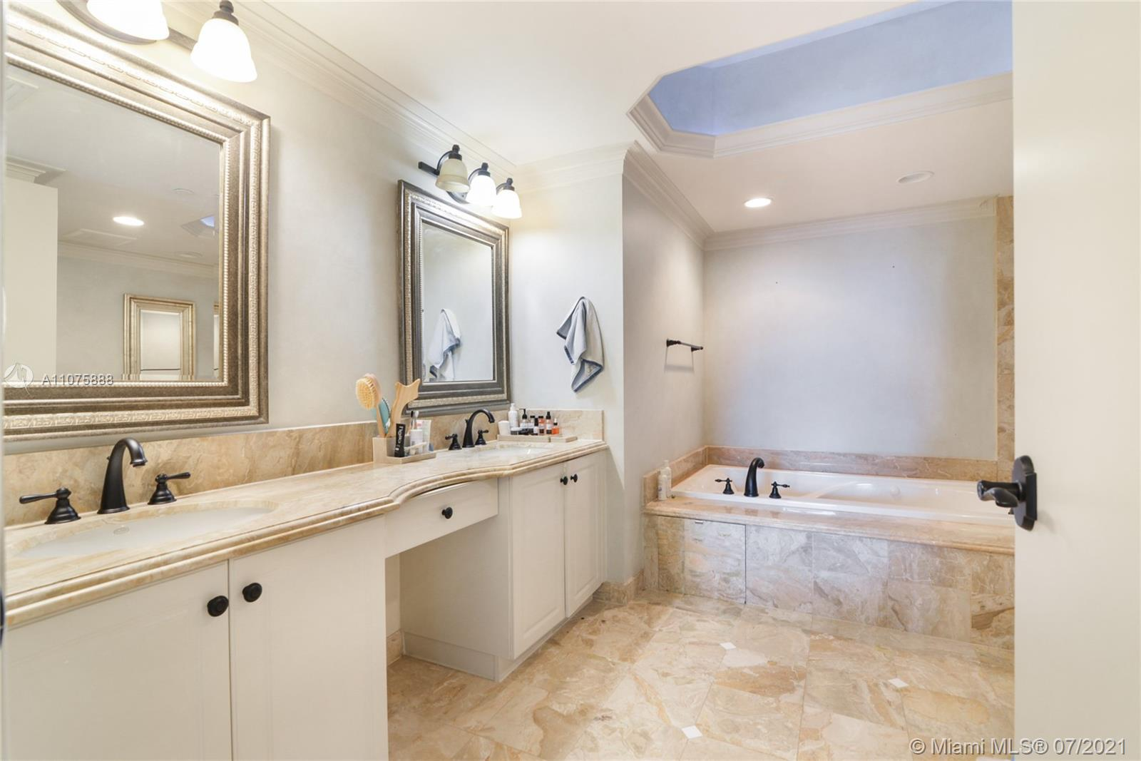 9559 Collins Ave #S4-F photo09