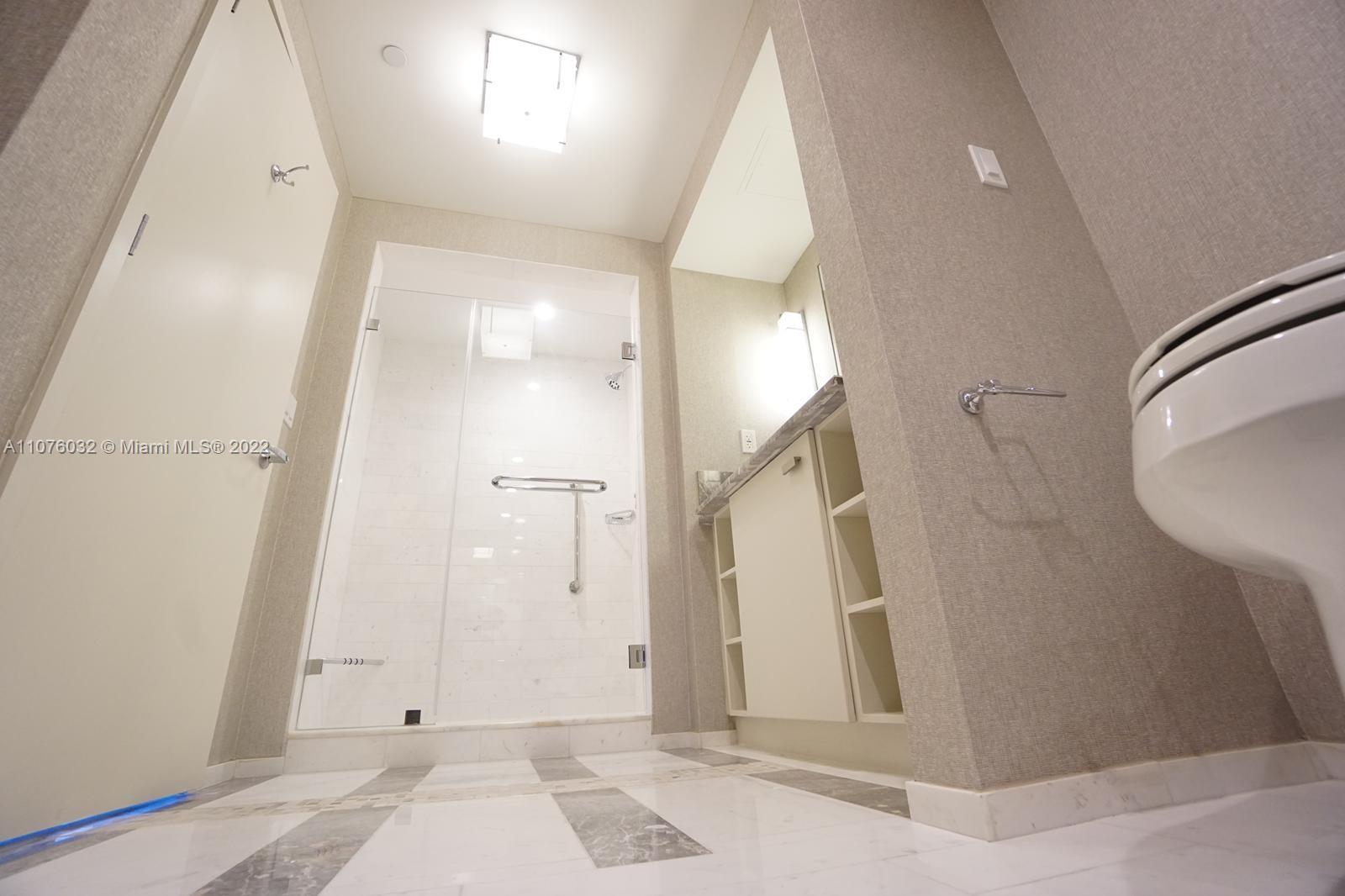 551 N Fort Lauderdale Beach Blvd #R2301 photo07