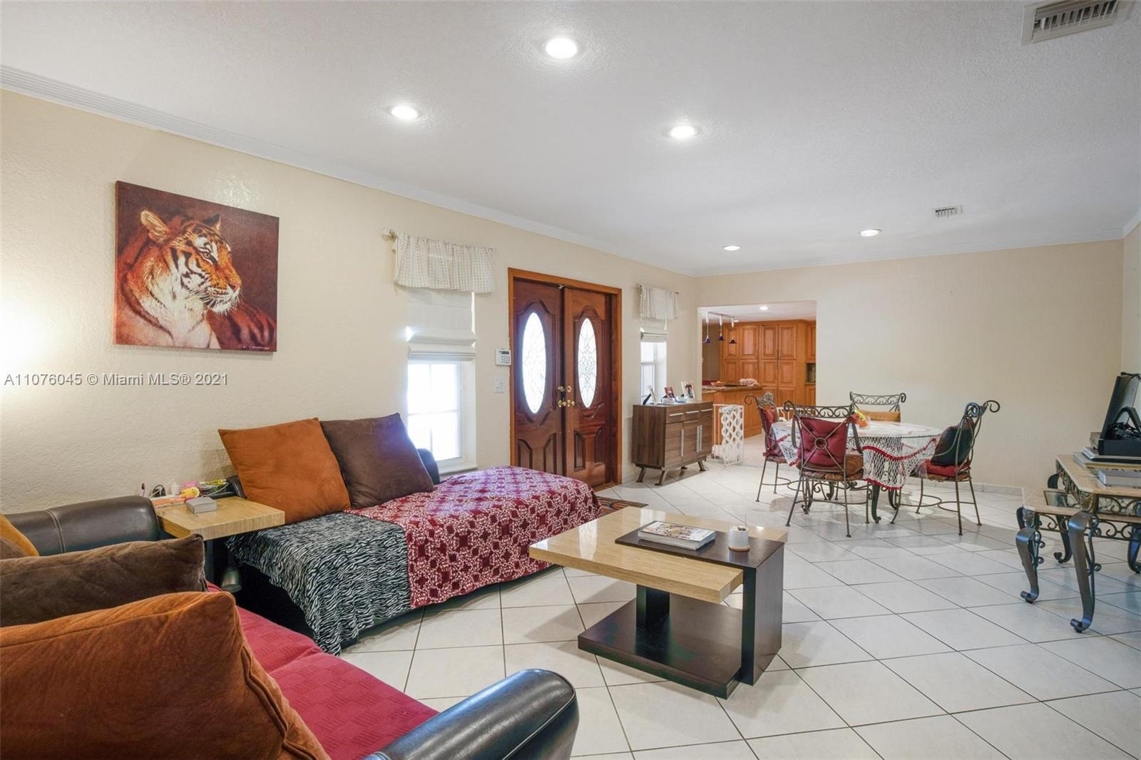 Photo of 1451 SW 19th Ave, Home