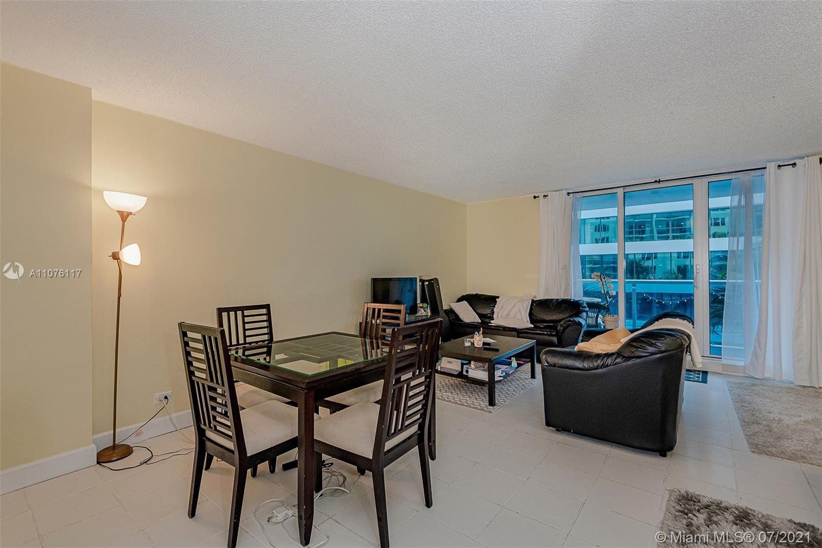 2301 Collins Ave #330 photo013