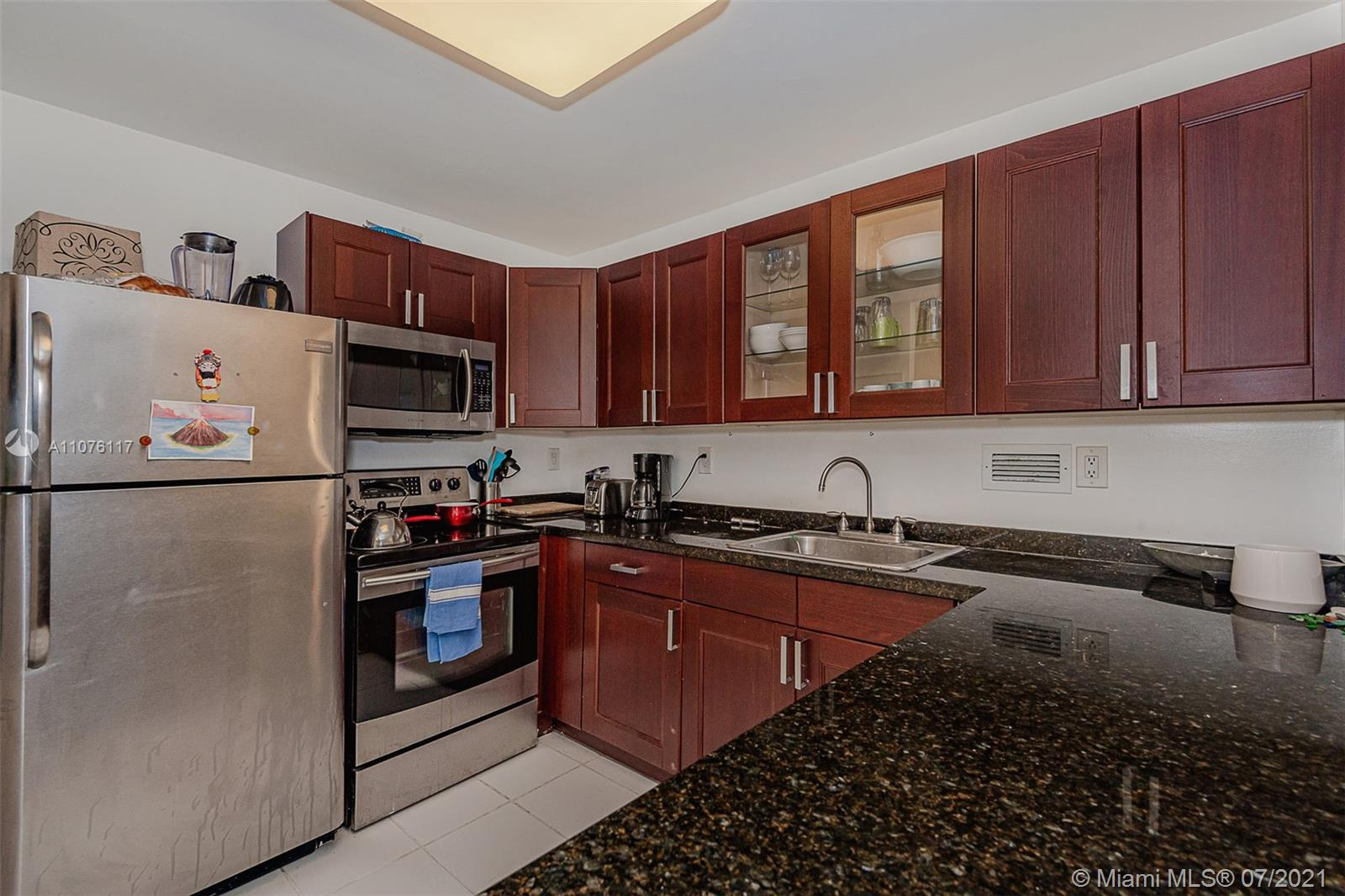 2301 Collins Ave #330 photo024