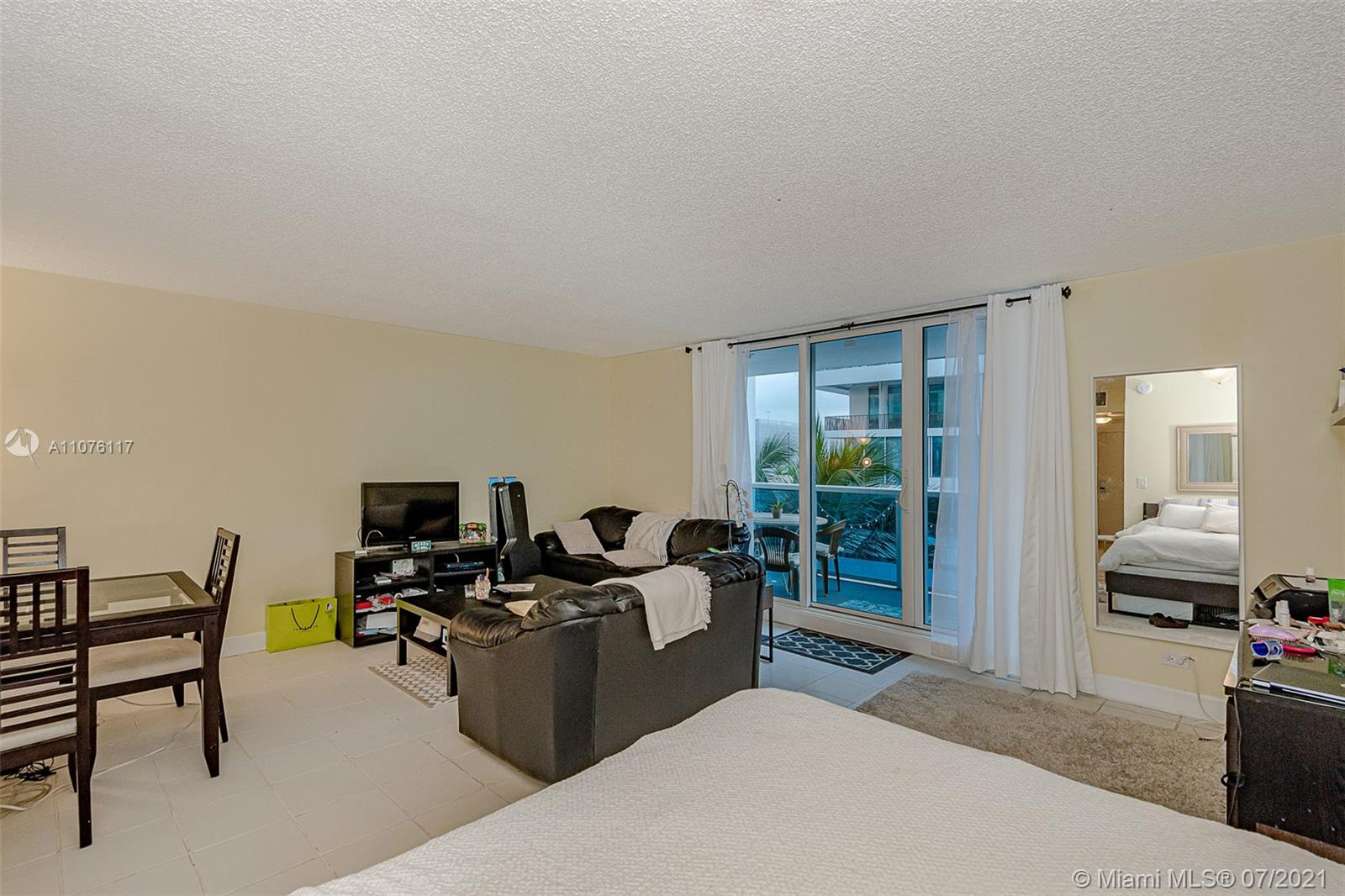 2301 Collins Ave #330 photo014
