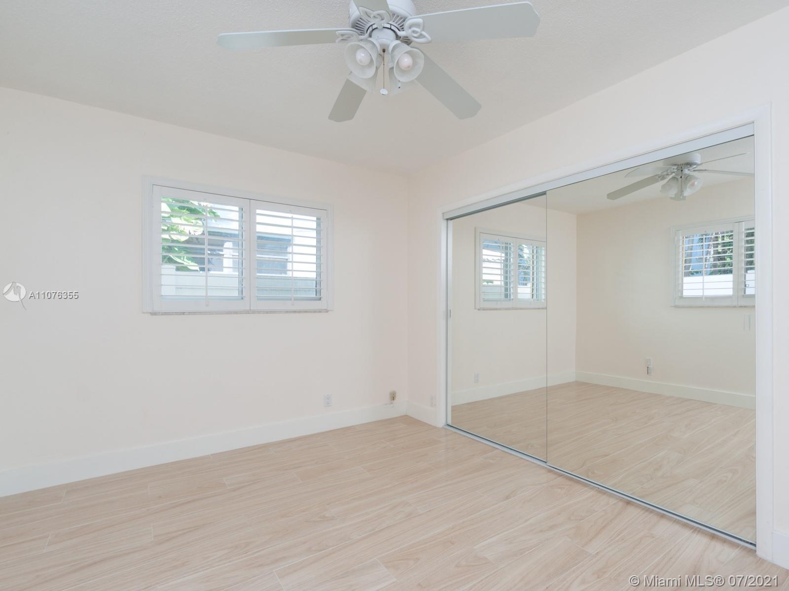 Photo of 338 Oak St, Home