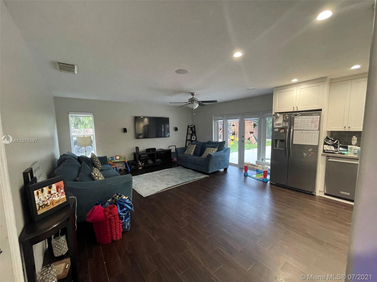 Photo of 15880 SW 287th St, Home