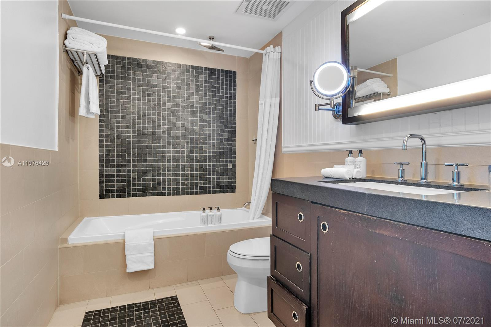 17315 Collins Ave #603 photo015