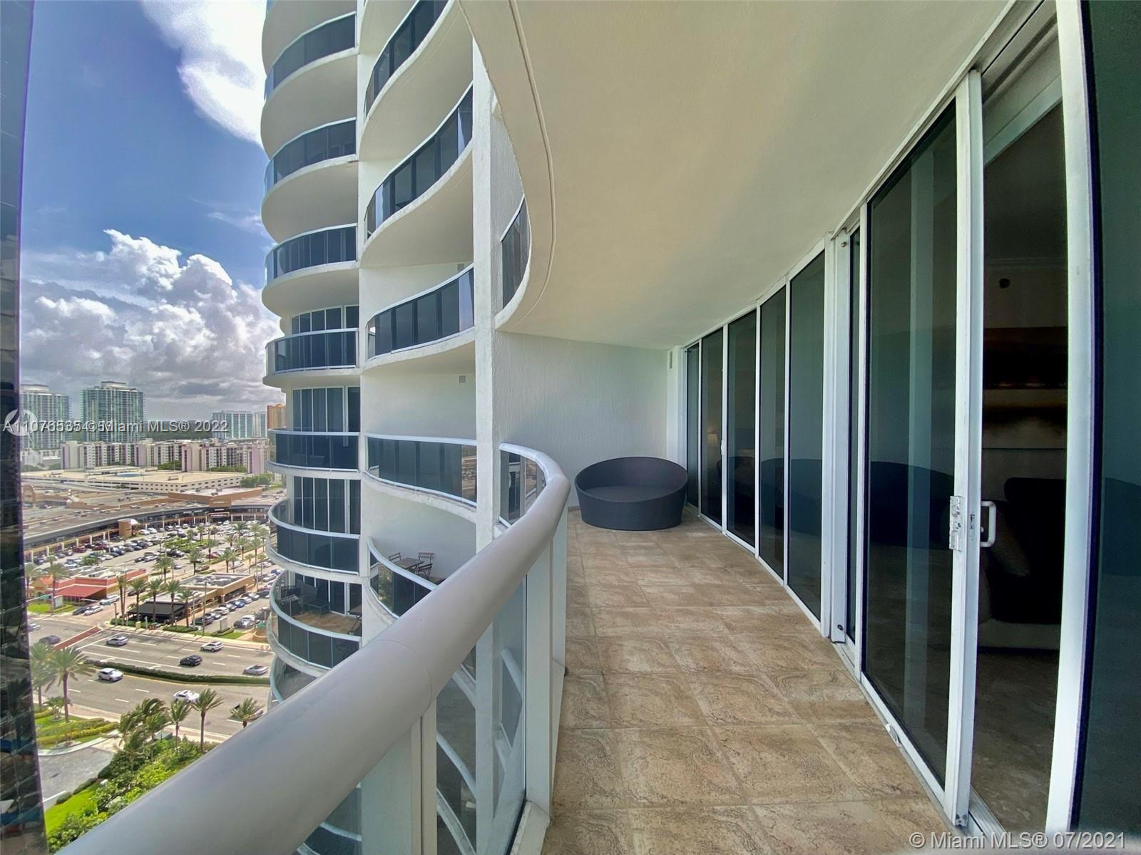 17201 Collins Ave #1903 photo04