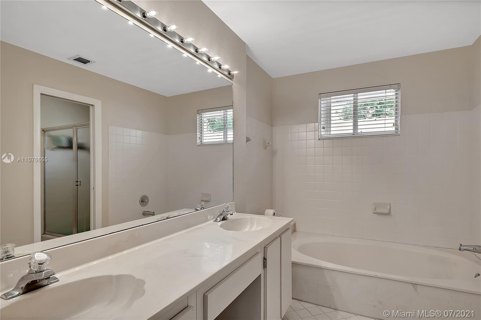 10281 NW 46th St #10281 photo022