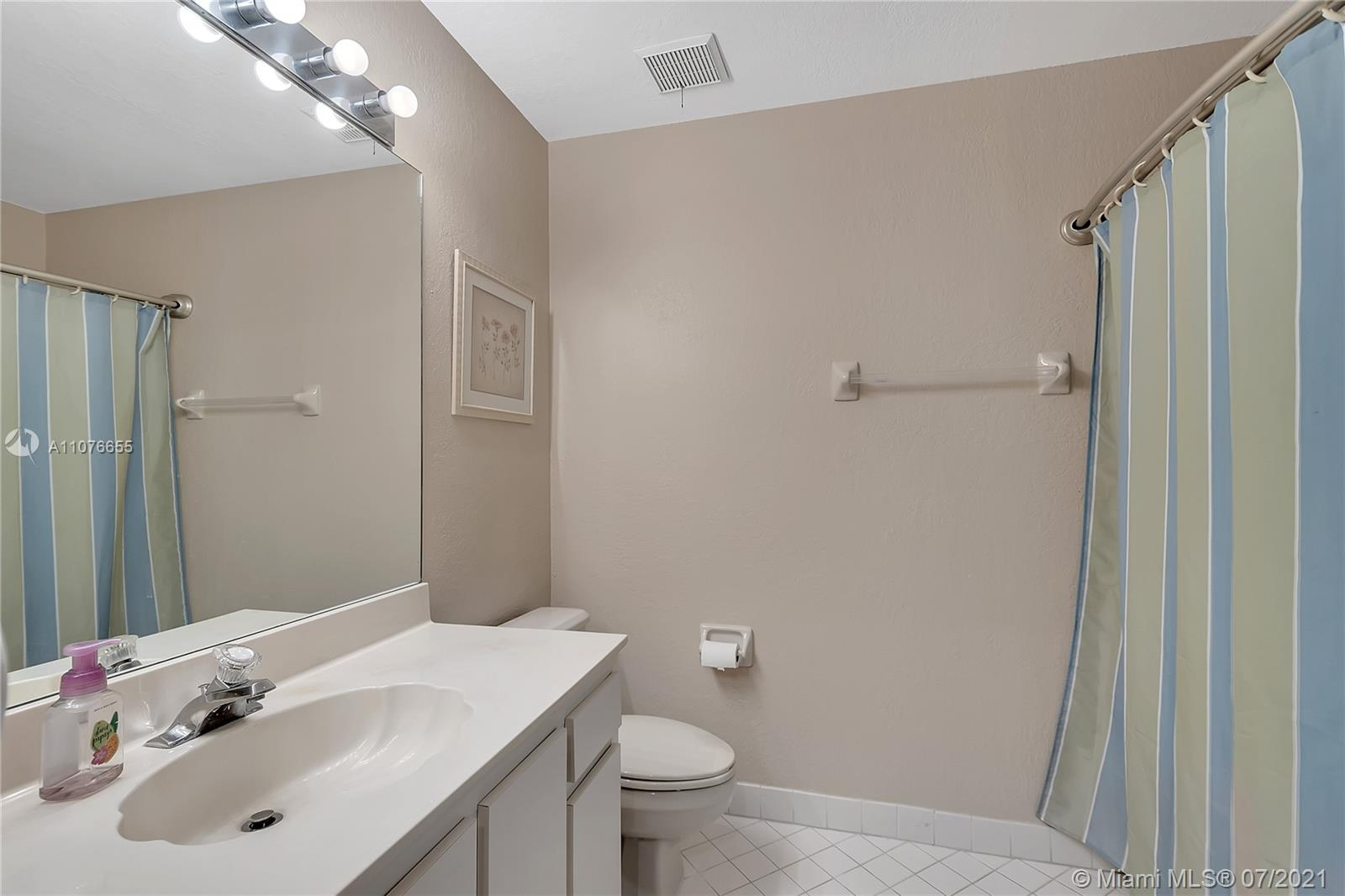10281 NW 46th St #10281 photo018