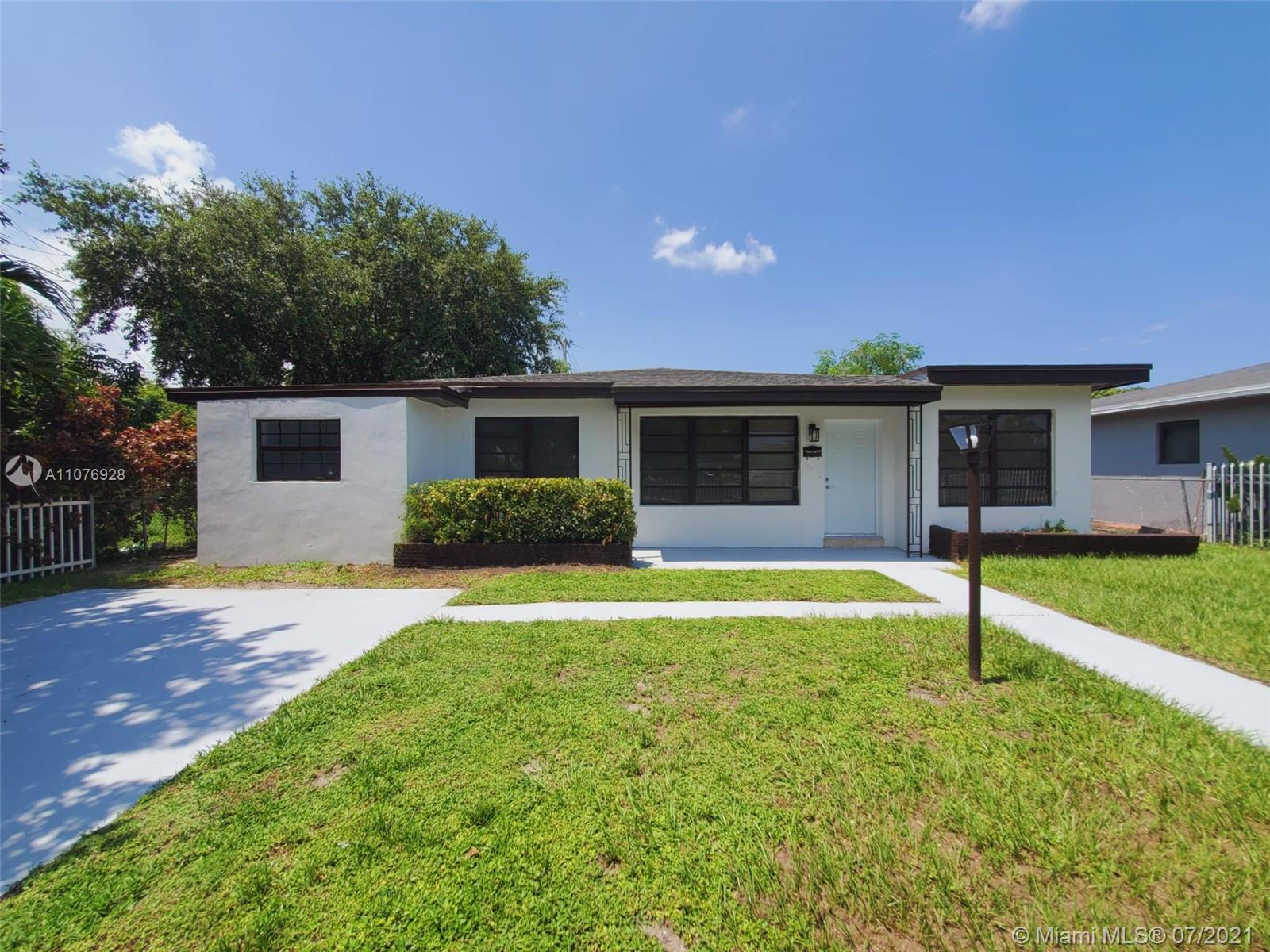 North Miami Beach - 1321 NE 160th St, North Miami Beach, FL 33162