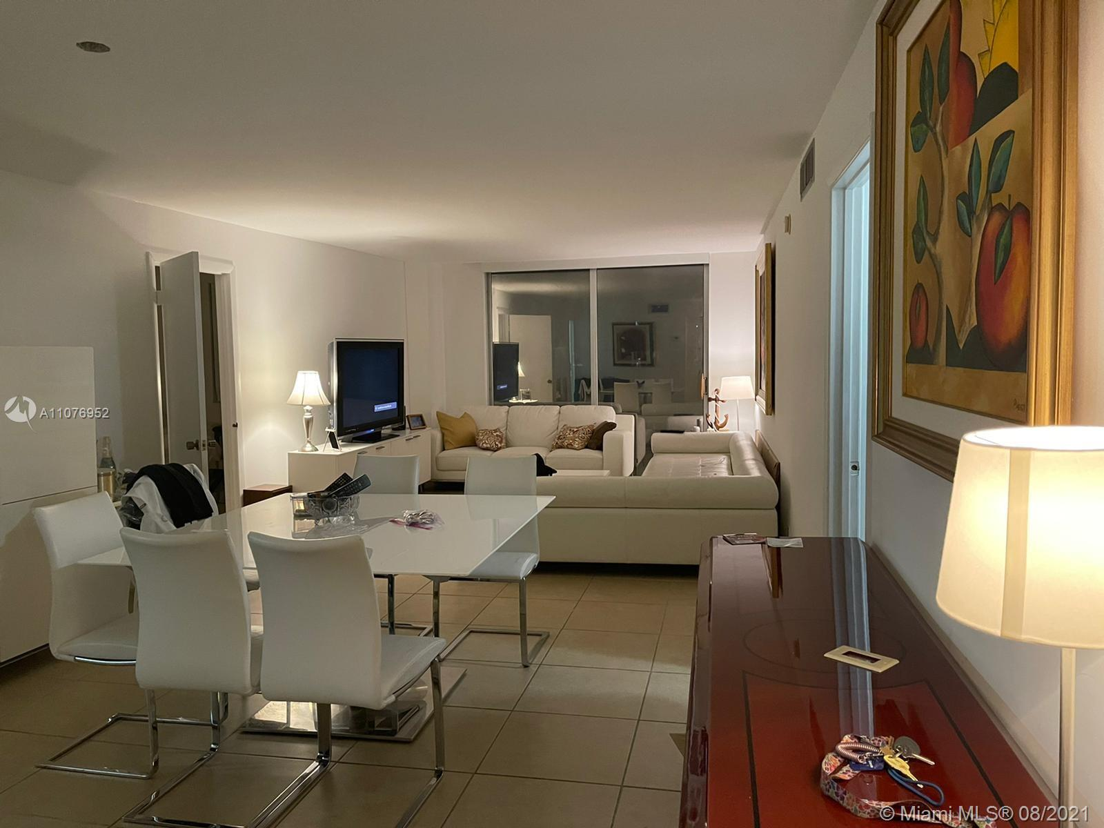 6039 Collins Ave #1528 photo07
