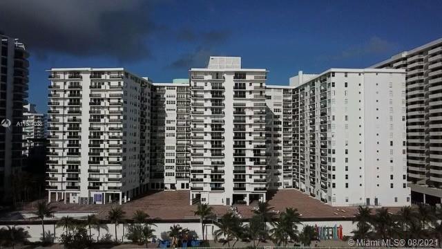 Maison Grande #637 - 6039 COLLINS AV #637, Miami Beach, FL 33140