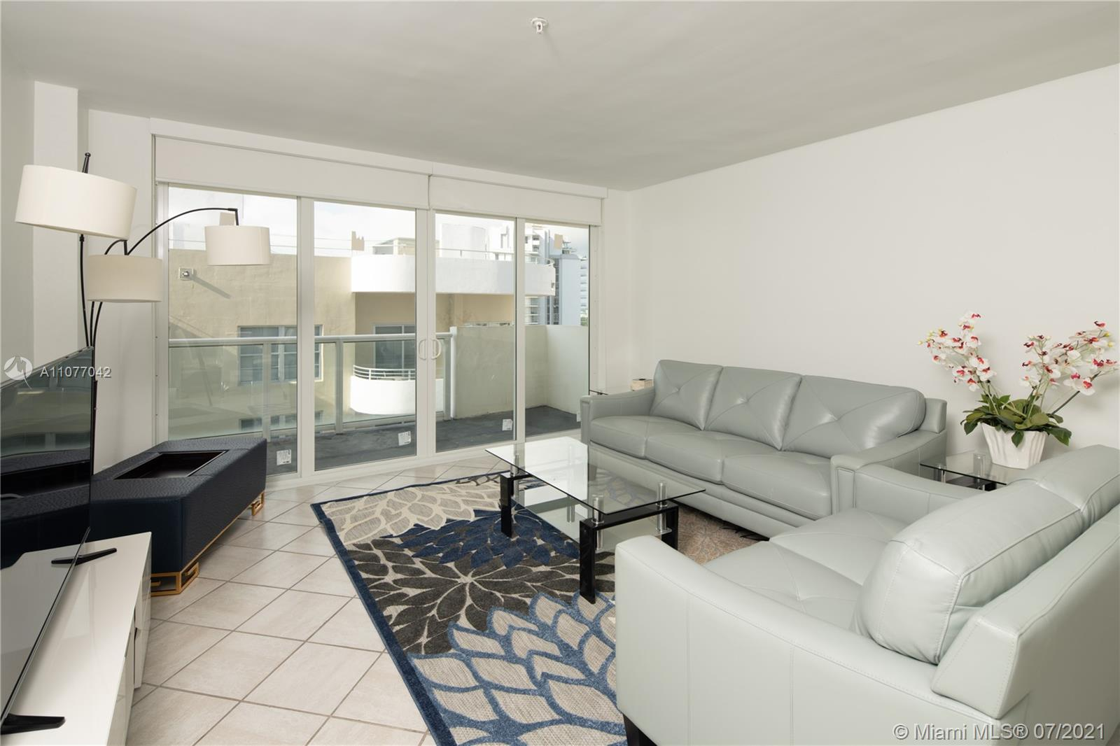 5601 Collins Ave #1714 photo03