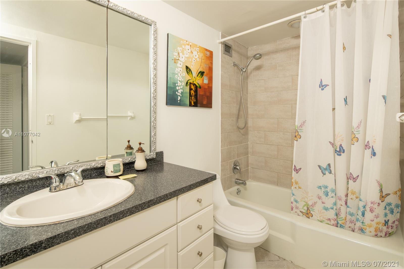 5601 Collins Ave #1714 photo014
